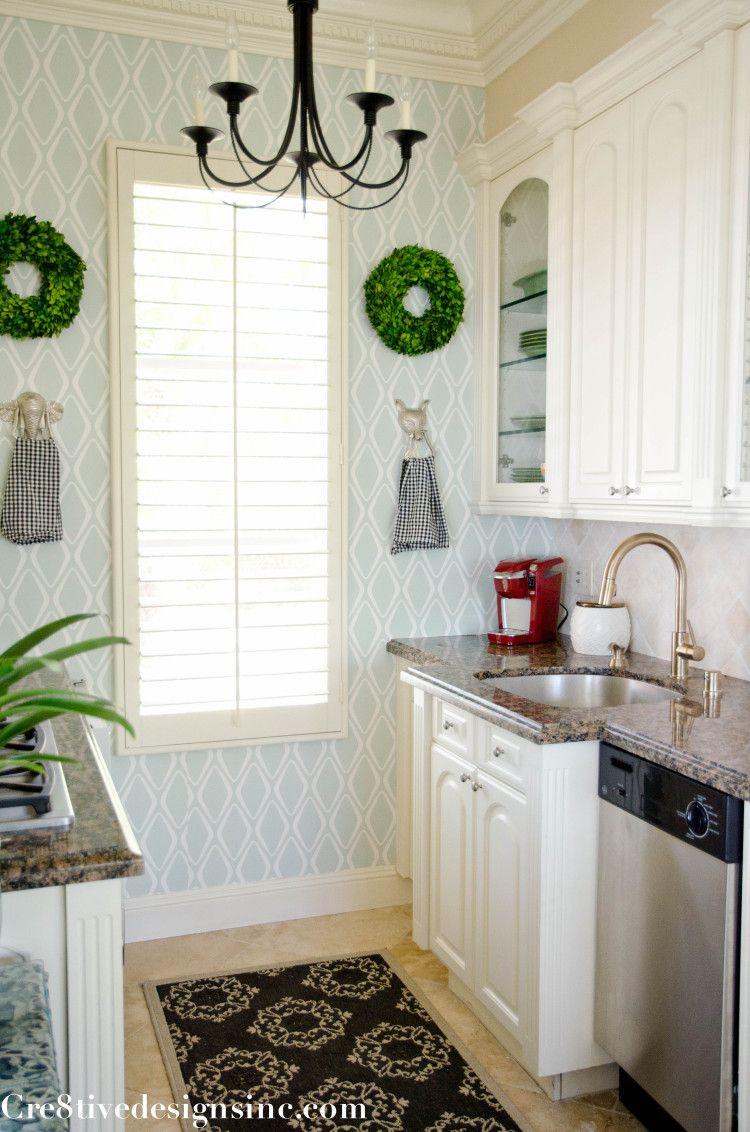 Removable Wallpaper Target - Elise Images