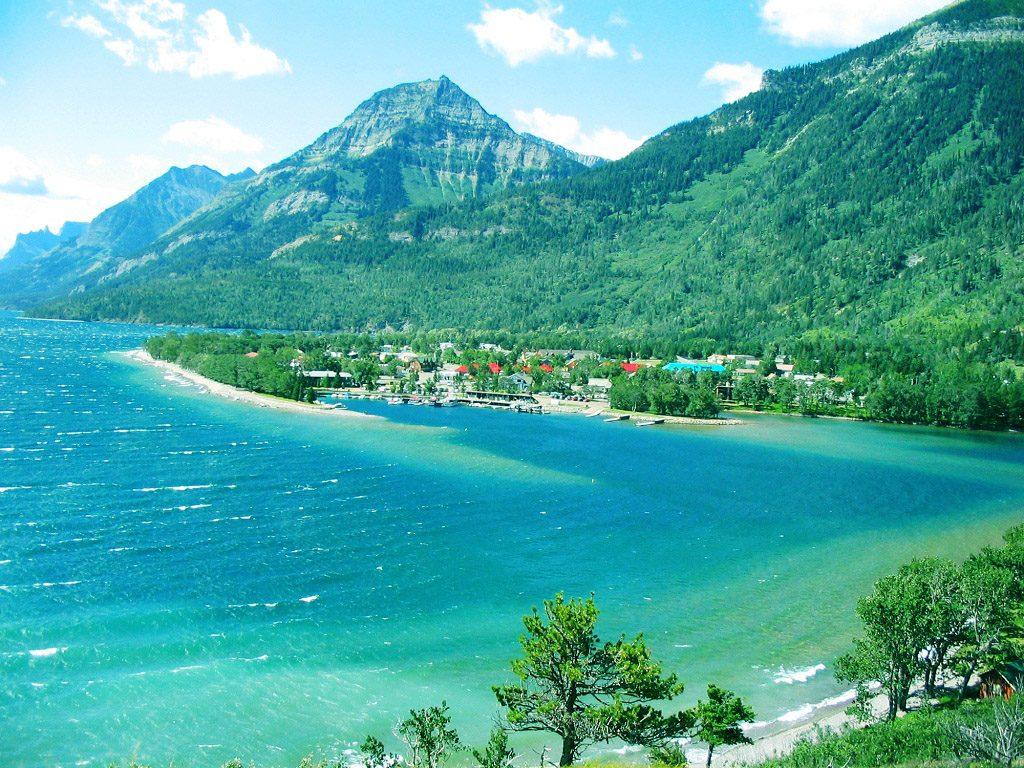 Beautiful Nature Wallpaper Hd Download - Waterton Lake , HD Wallpaper & Backgrounds