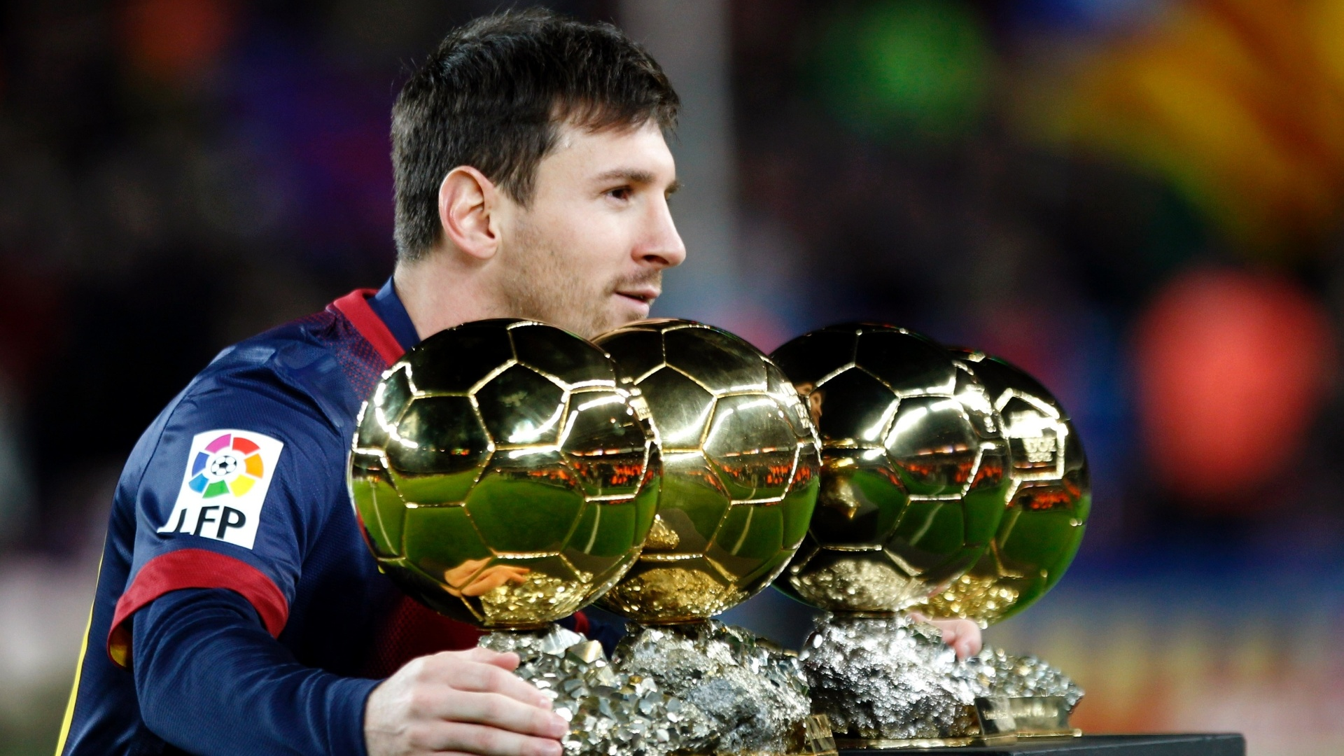 Messi Photos 2014 Download , HD Wallpaper & Backgrounds