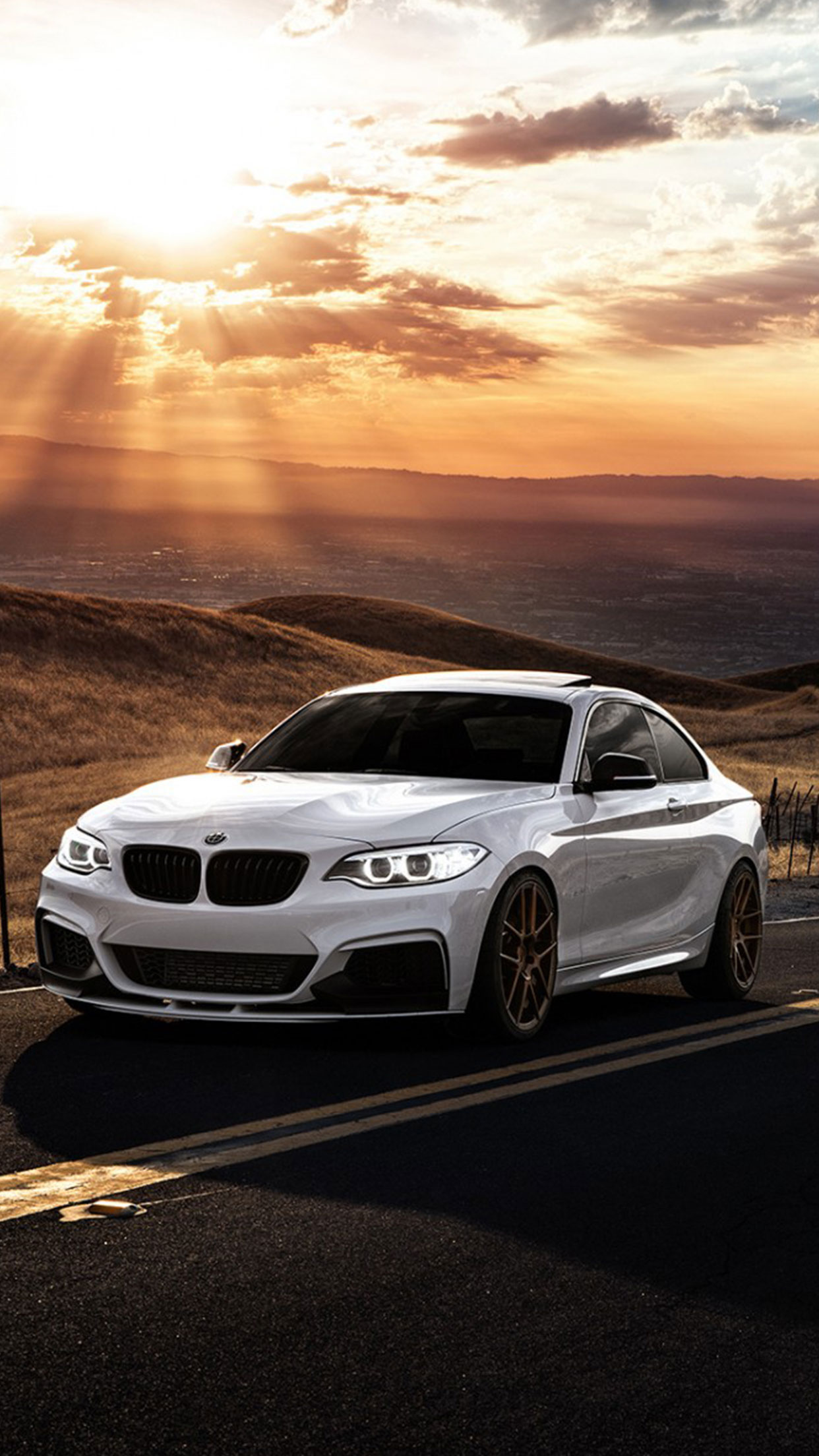 White Bmw Wallpaper Iphone , HD Wallpaper & Backgrounds