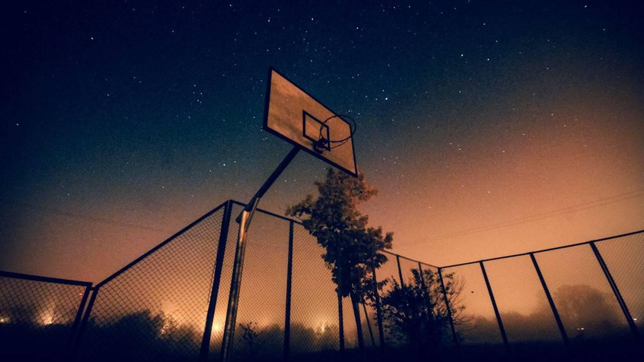 Basketball Wallpapers 94a8672 109656 Hd Wallpaper