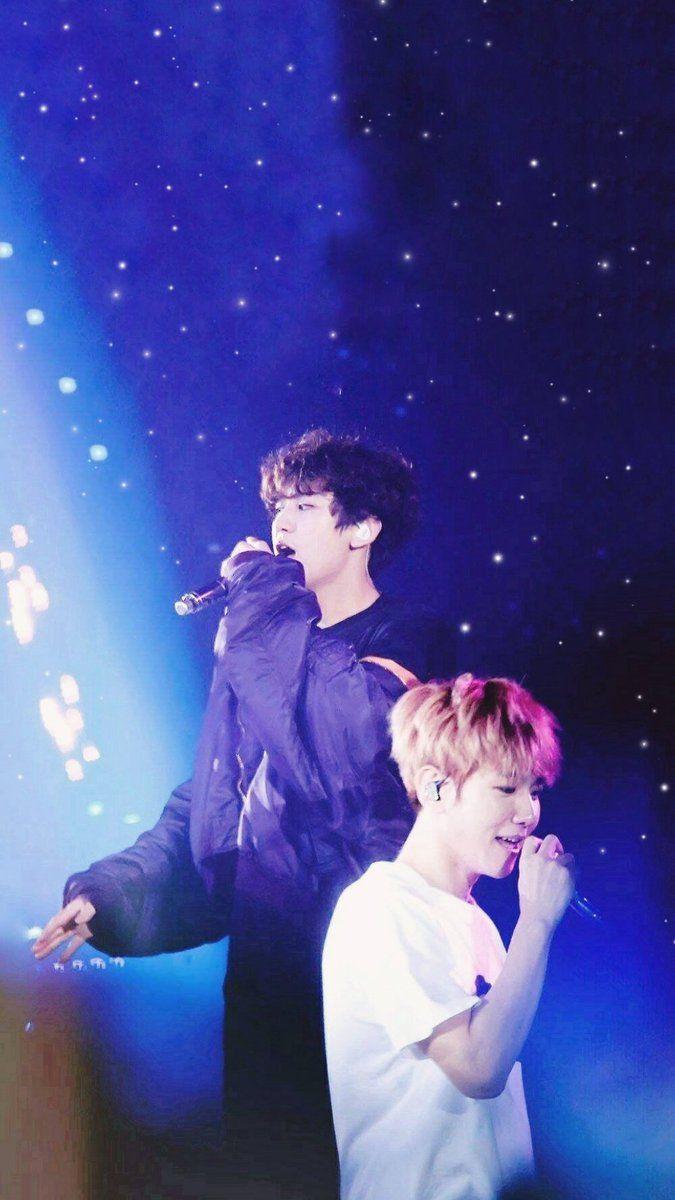 Exo Wallpaper On Twitter - Exo Chanbaek Love Shot , HD Wallpaper & Backgrounds