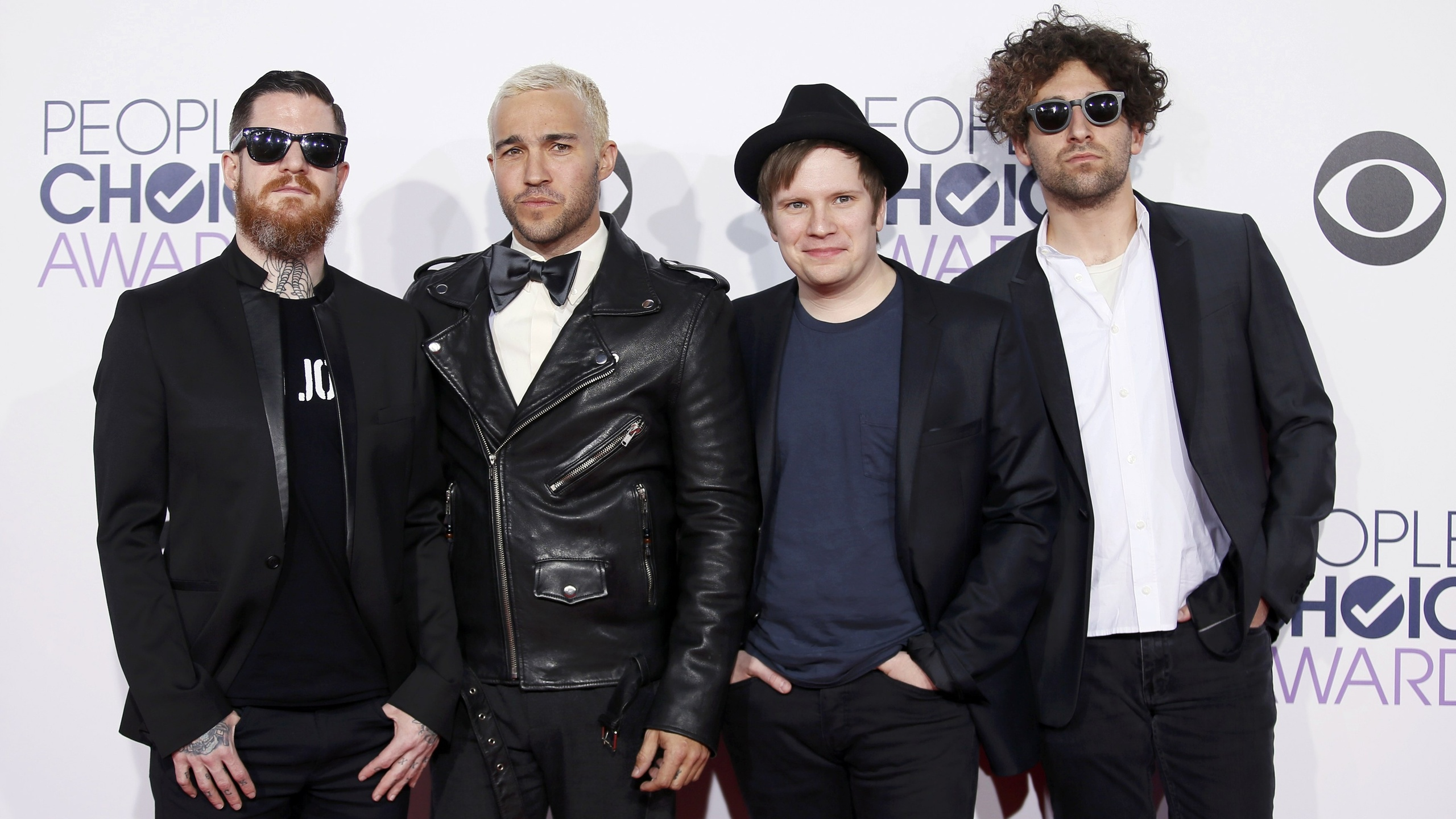 Fall Out Boy 2015 Patrick 1050311 Hd Wallpaper Backgrounds