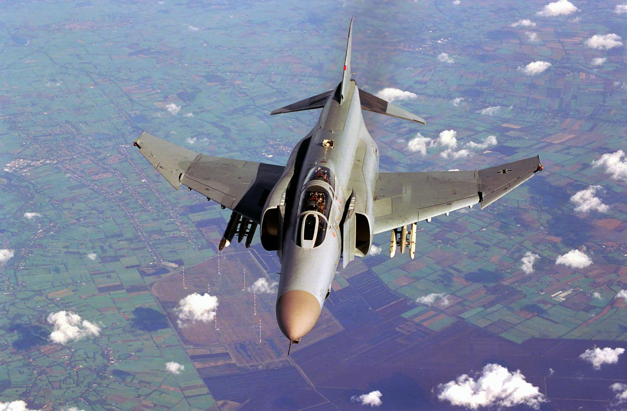F4 Phantom F 4 Phantom Ii 1050489 Hd Wallpaper