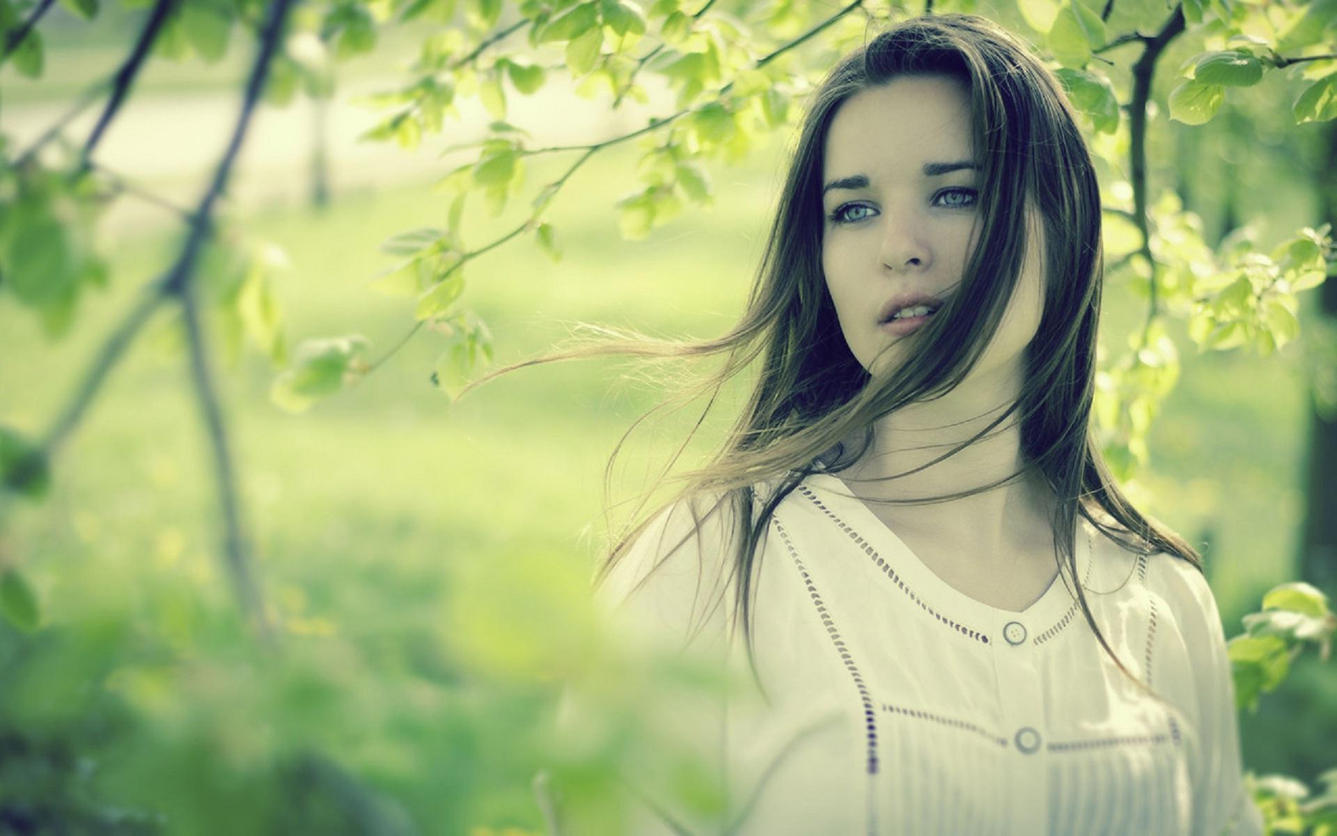 New Sad Girl Hd Widescreen Wallpapers - Beautiful Girl Hd Sad , HD Wallpaper & Backgrounds