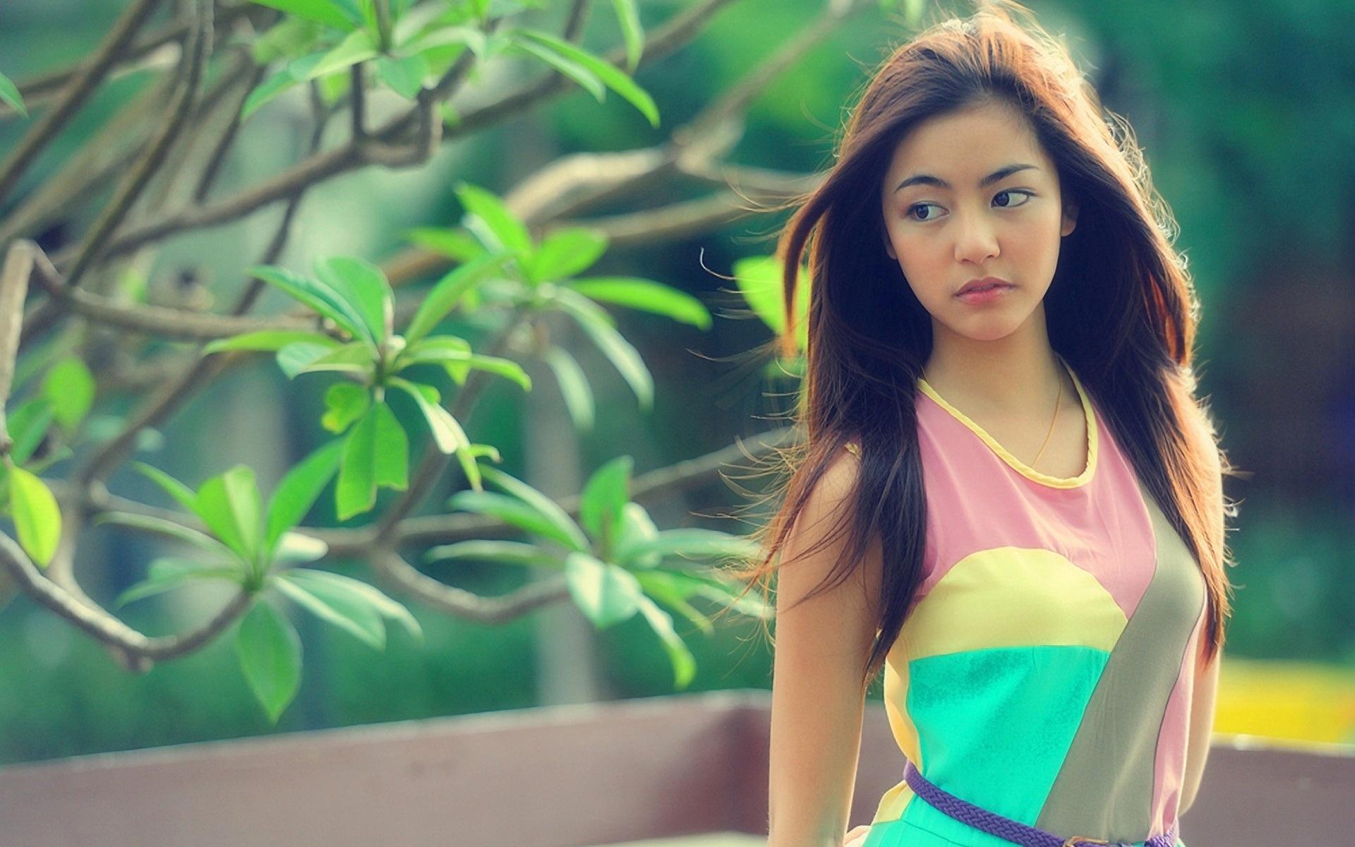 Best Wallpapers - Beautiful Girl , HD Wallpaper & Backgrounds