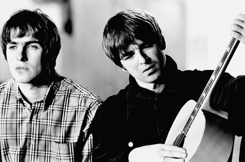 Noel Gallagher - Liam Gallagher Oasis Wonderwall , HD Wallpaper & Backgrounds