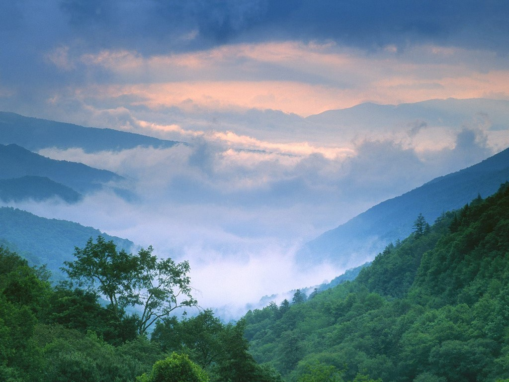 Right Click On This Wallpapers - Smoky Mountains Wallpaper Hd , HD Wallpaper & Backgrounds