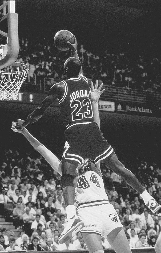 Black And White Michael Jordan 124967 Hd Wallpaper Backgrounds Download