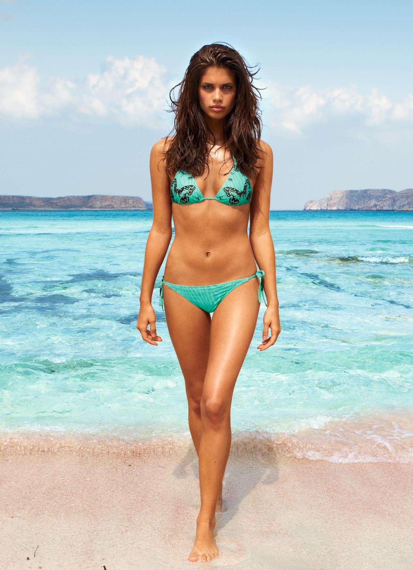 Babe Hd download sexy babe sara sampaio in bikini for calzedonia