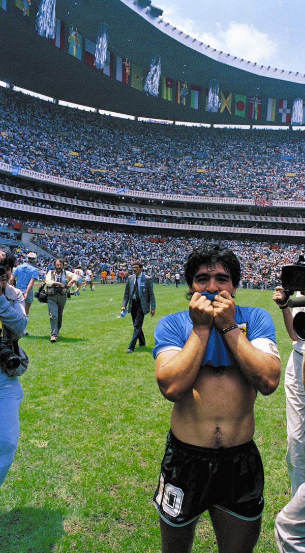 The Antique Football Diego Maradona Wallpaper Iphone
