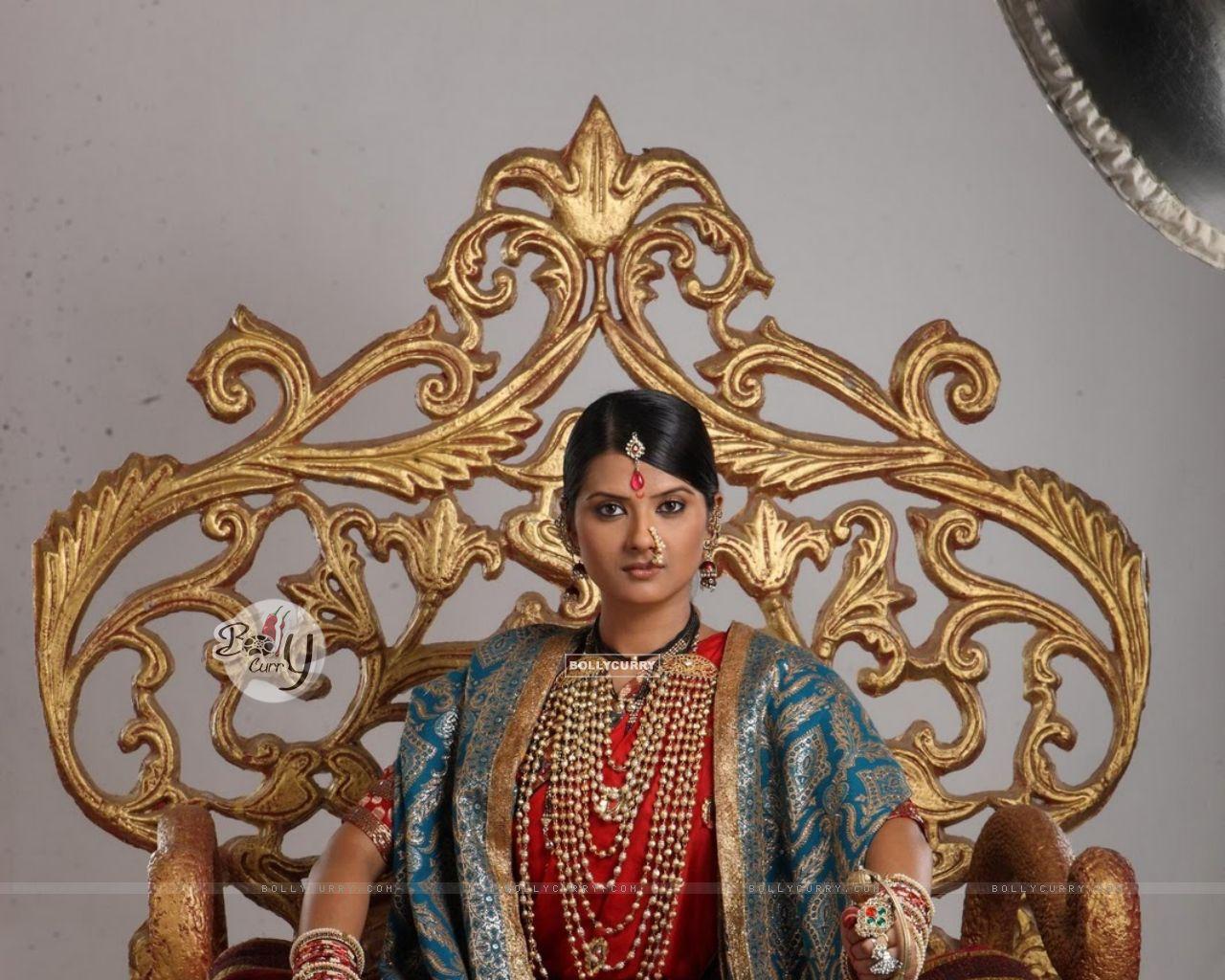Kratika Sengar As Jhansi Ki Rani Size - Kratika Sengar And Sameer Dharmadhikari , HD Wallpaper & Backgrounds