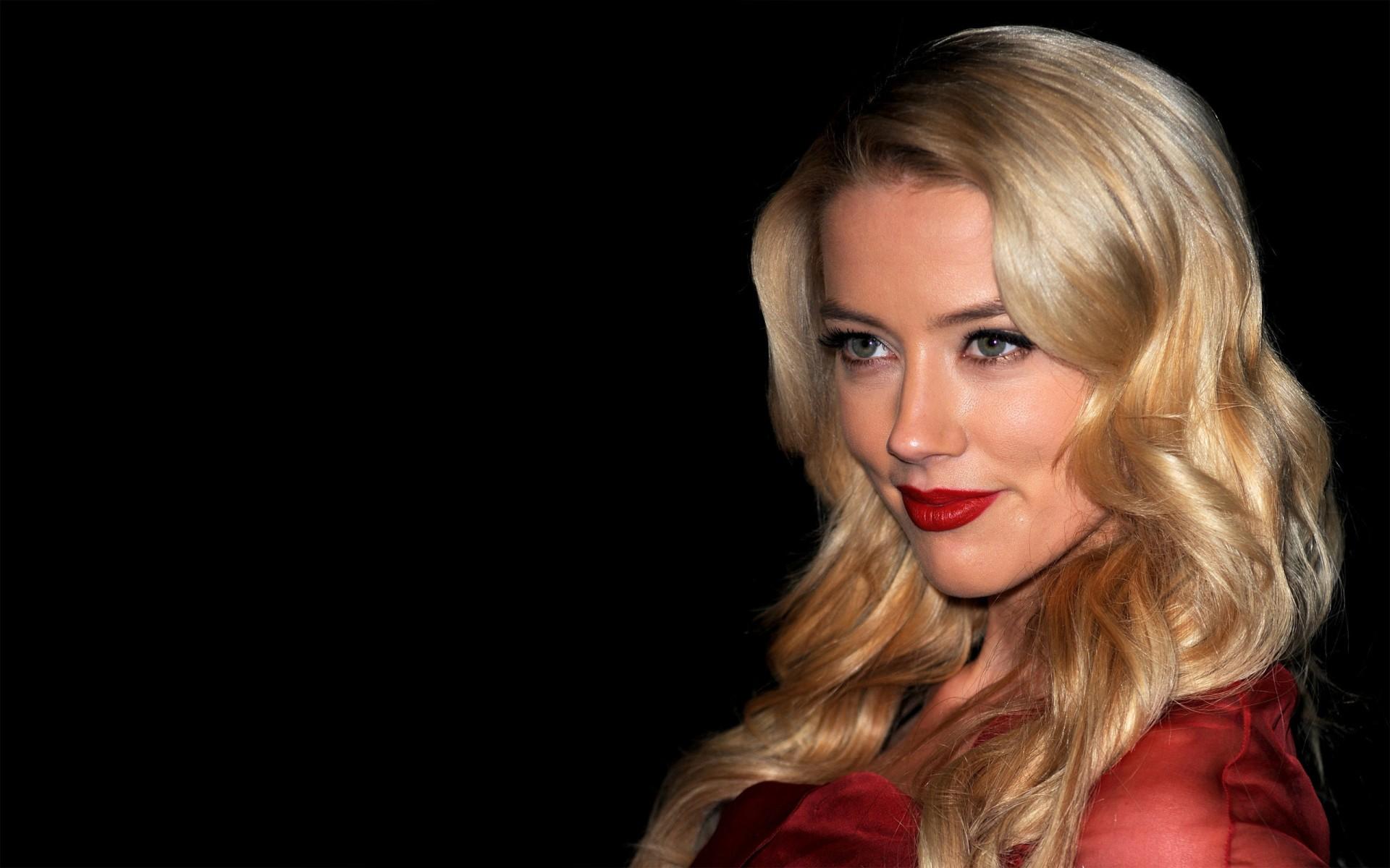 Amber Heard Hd - Amber Heard Lips , HD Wallpaper & Backgrounds