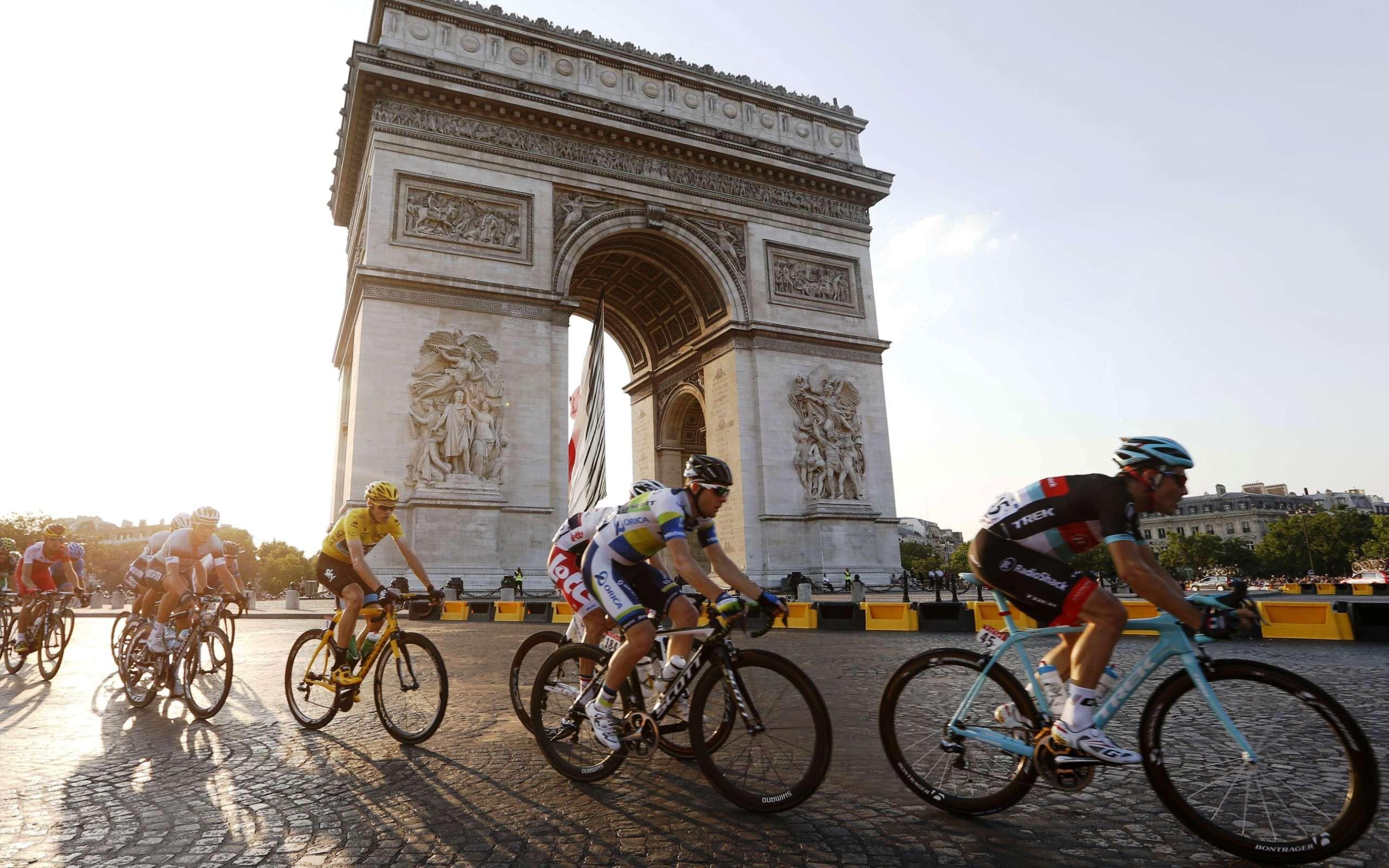 Paris Eiffel Tower Arc de Triomphe France Wall Mural Photo Wallpaper Picture