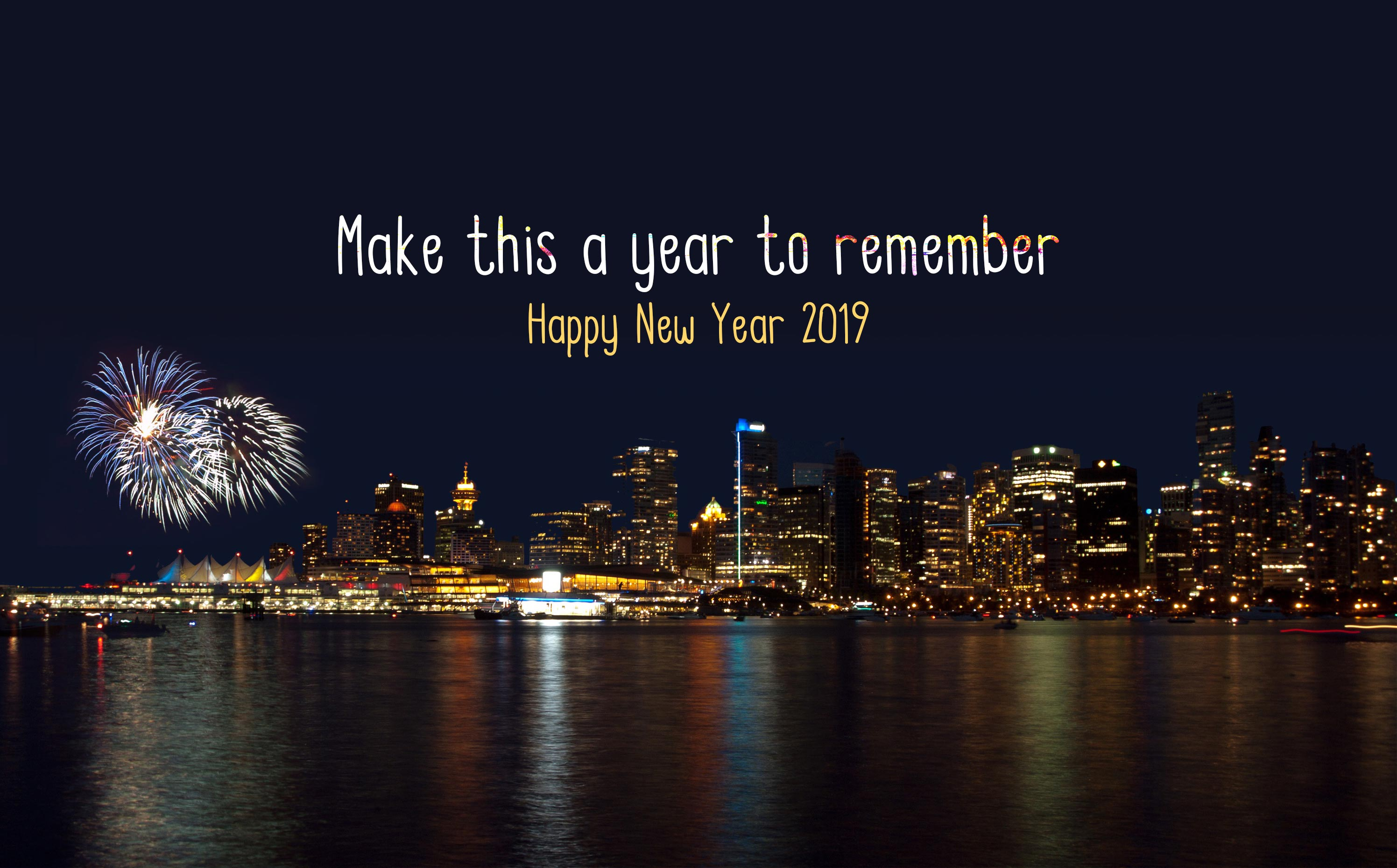 Happy New Year 2019 City Fireworks Pic Wallpaper - Happy New Year 2019 City , HD Wallpaper & Backgrounds