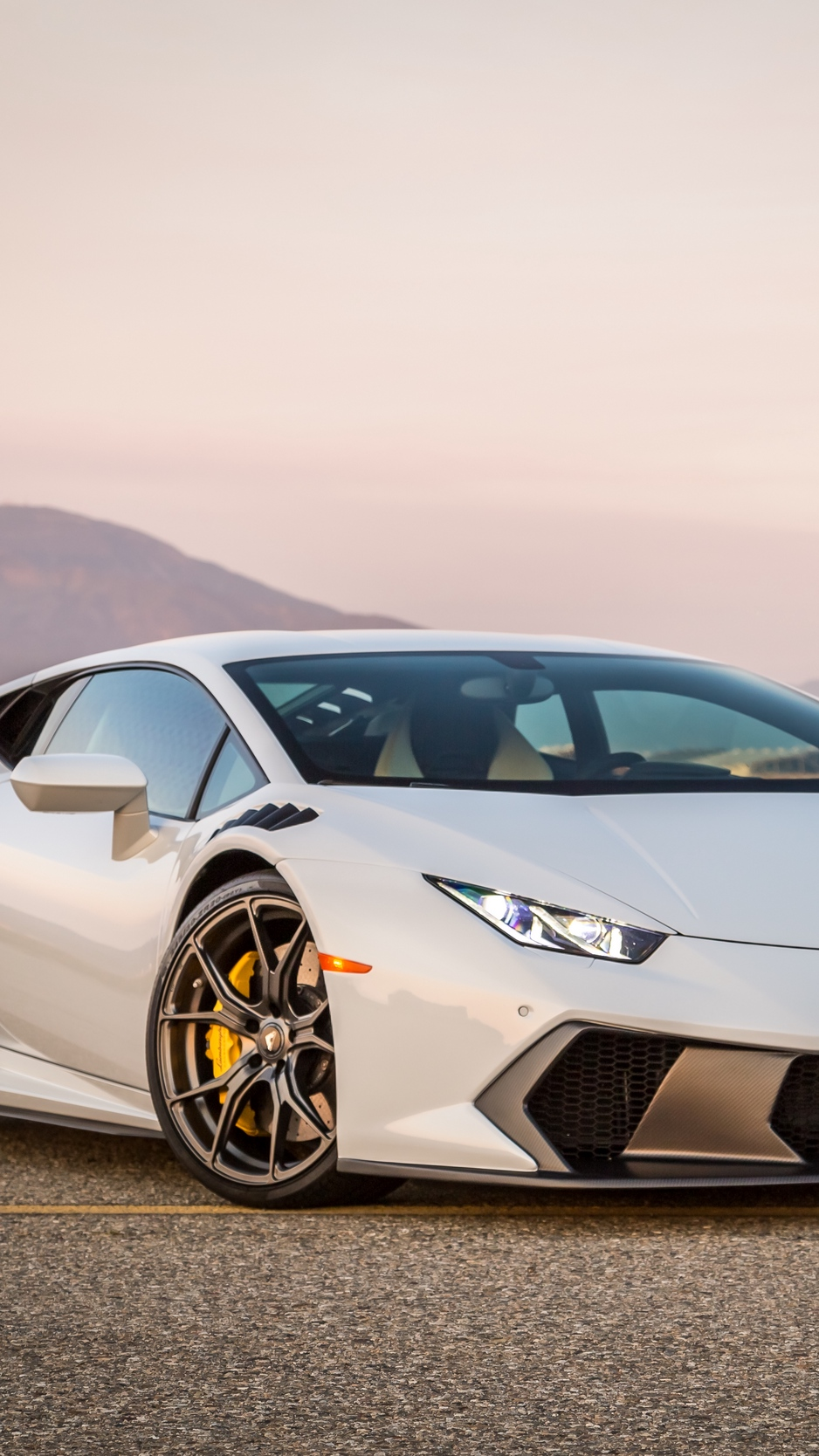 Wallpaper Lamborghini, Huracan, Side View - Lamborghini Huracan Iphone , HD Wallpaper & Backgrounds
