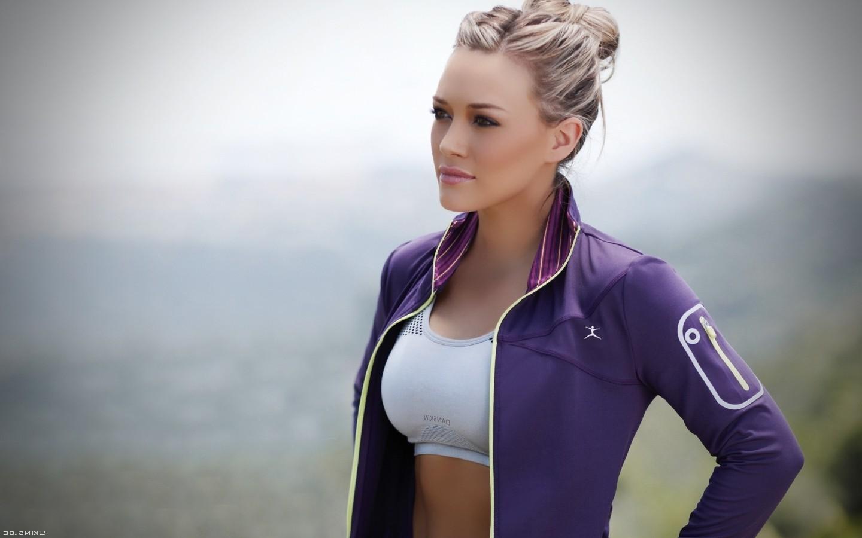 Blonde, Women, Sports Bra, Hilary Duff, Celebrity, - Hilary Duff Wallpaper Hd , HD Wallpaper & Backgrounds