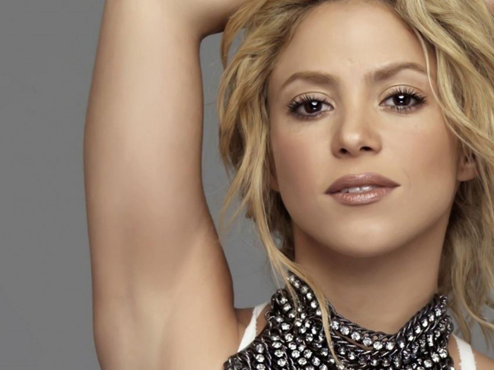 Beauiful Shakira Hd Wallpaper Shakira Hair Style 1471931