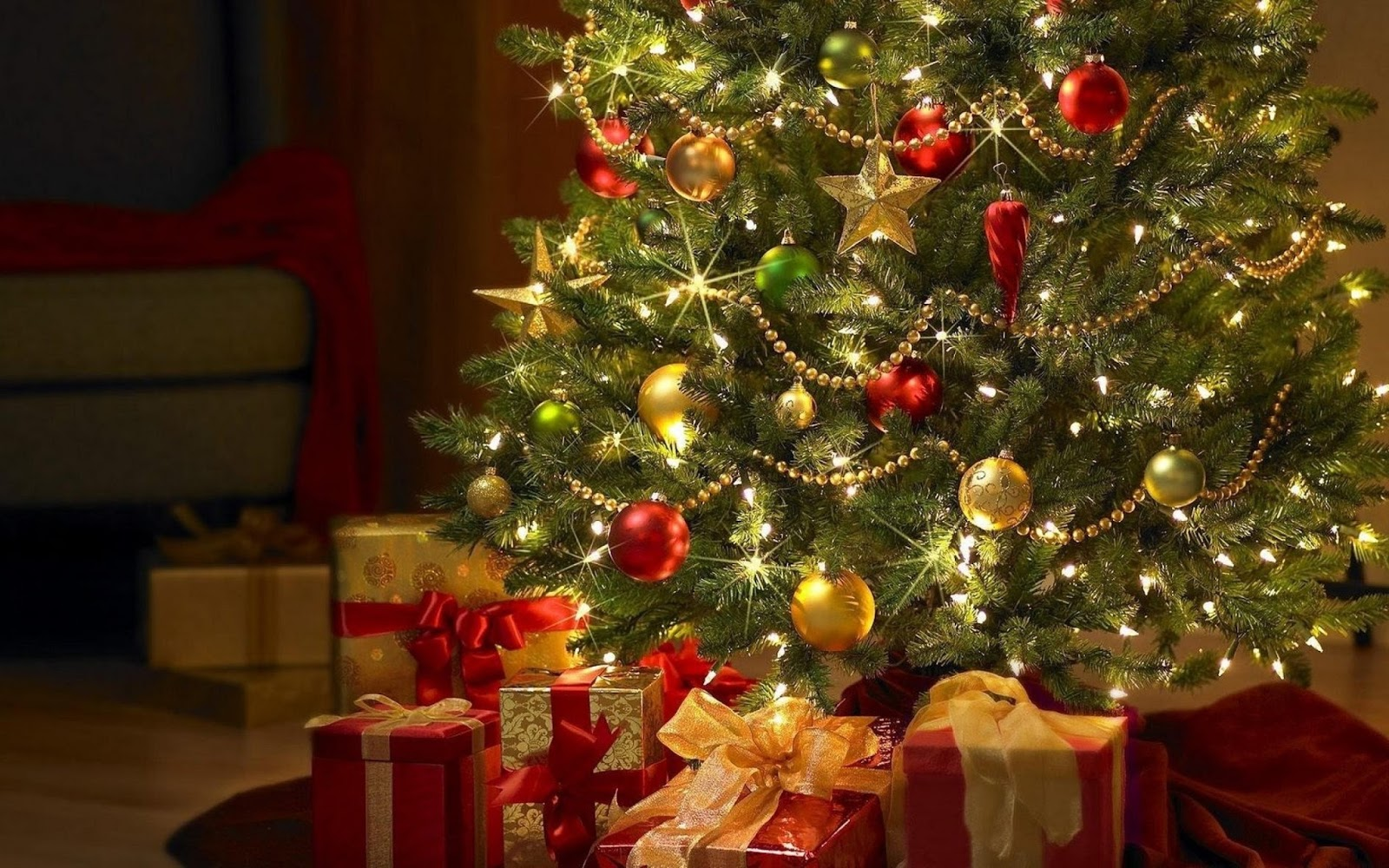 Christmas Tree Pictures To Color - Beautiful Christmas Tree Backgrounds , HD Wallpaper & Backgrounds