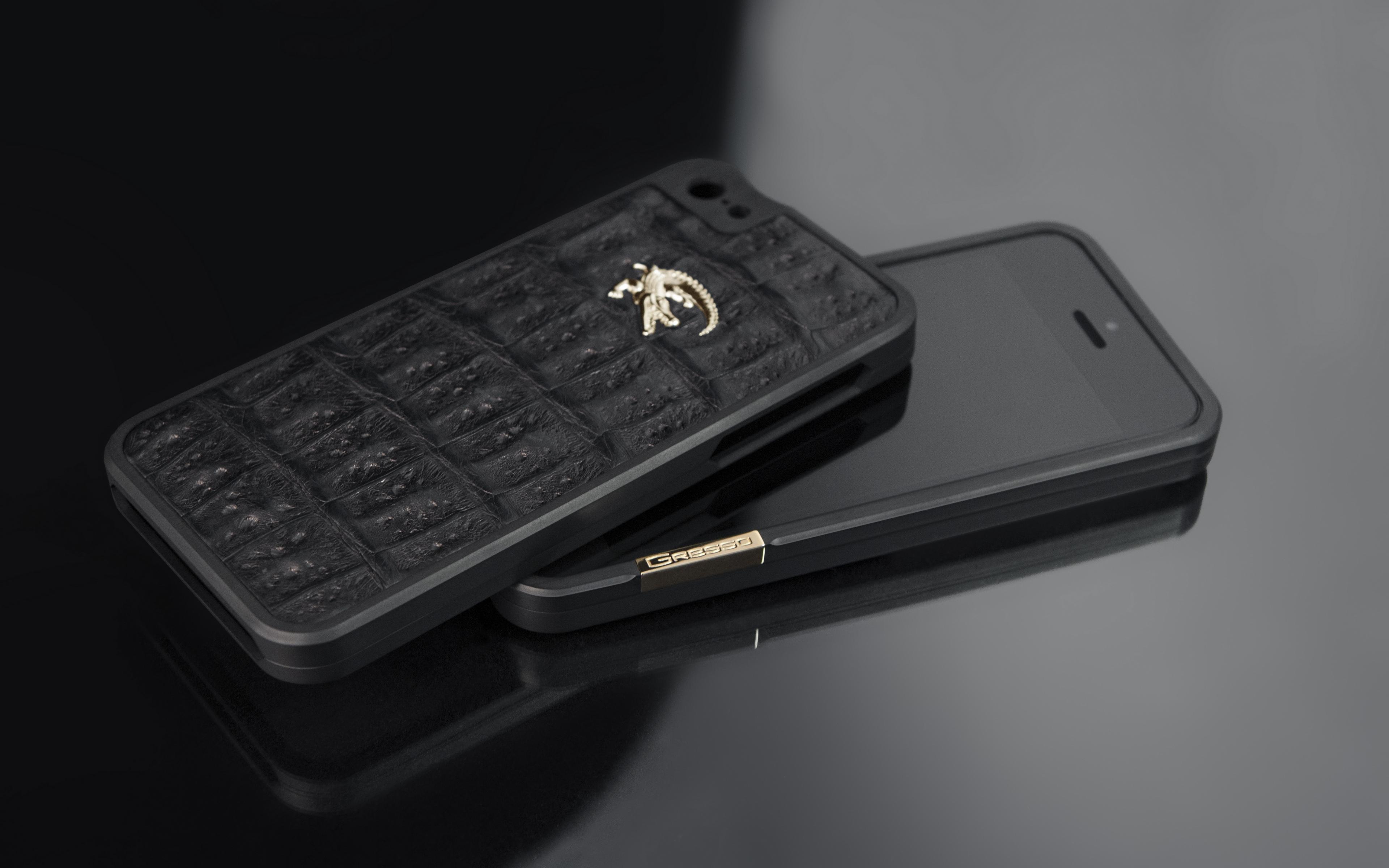 Wallpaper Gresso, Titanium Bumper, Iphone - Most Expensive Iphone 7 Plus Case , HD Wallpaper & Backgrounds