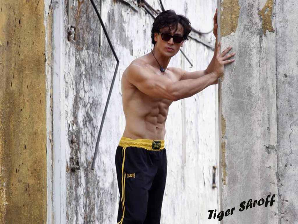 Tiger Shroff Hot Body Ture High Definition Wallpapers - Tiger Shroff Wallpaper Full Hd , HD Wallpaper & Backgrounds