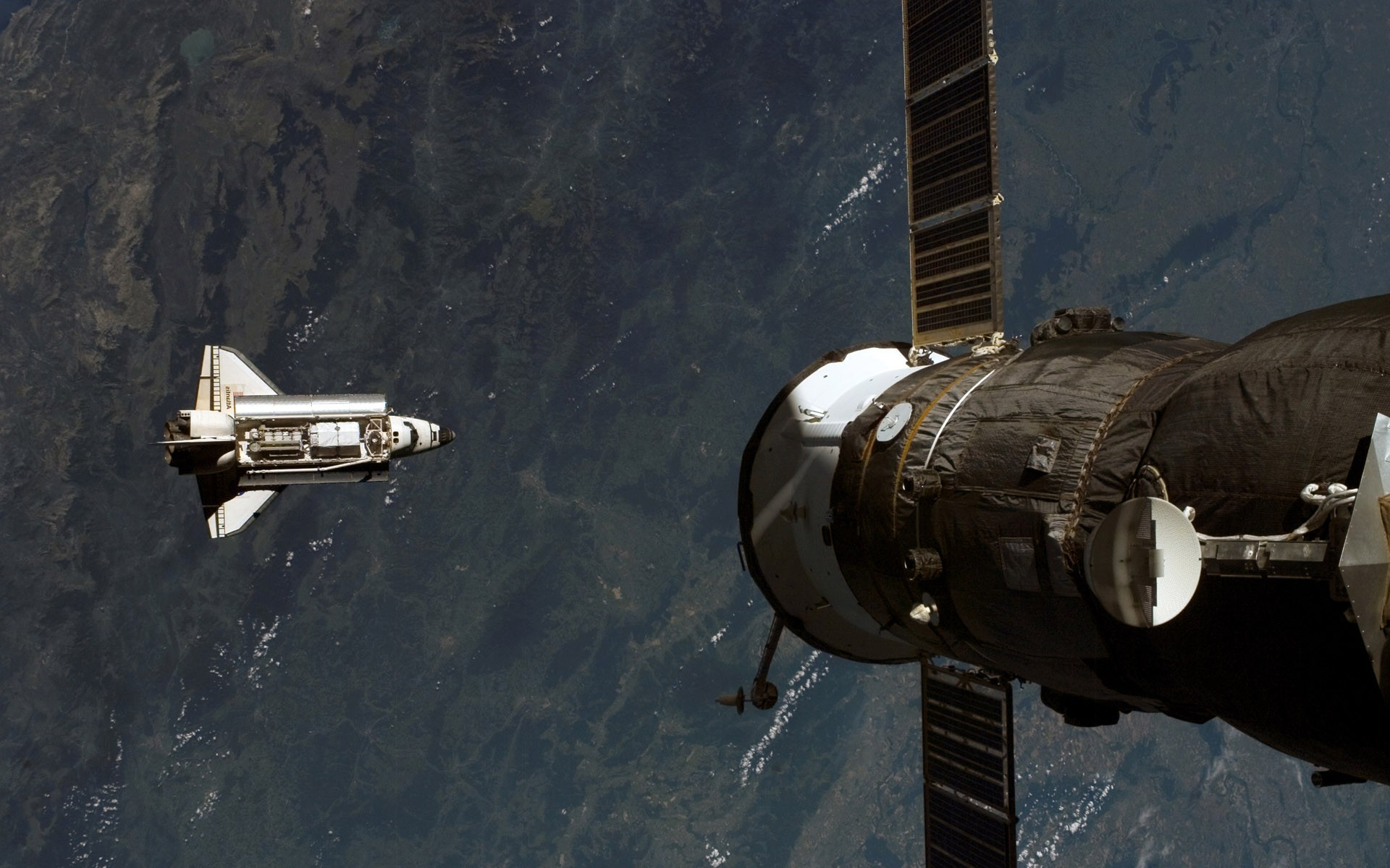 Photography, Mir Space Station, Mir, Space Shuttle - Space Shuttle Photography In Space , HD Wallpaper & Backgrounds