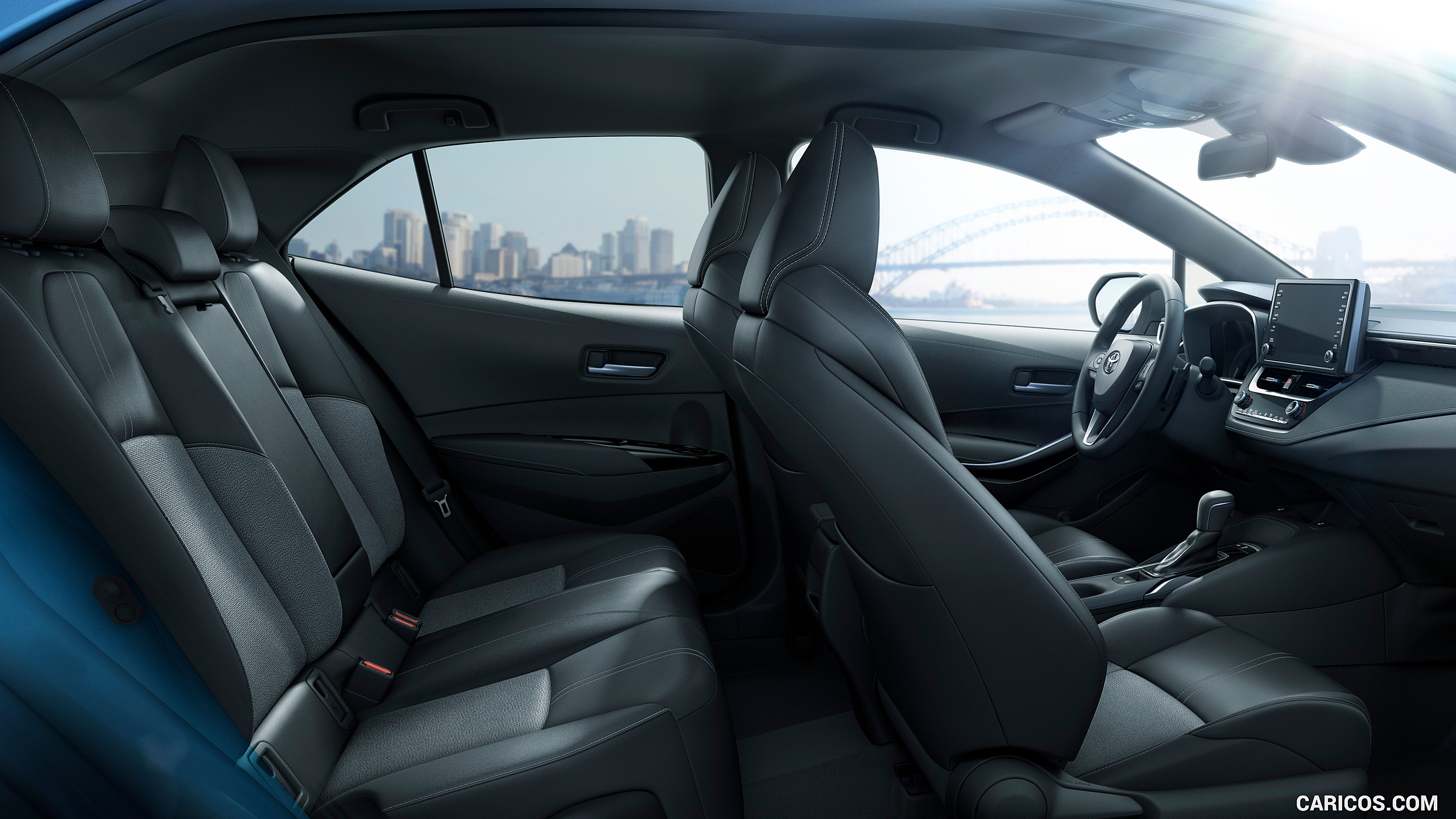 2019 Toyota Corolla Hatchback Interior With 2019 Toyota - 2019 Toyota Corolla Hatchback Se Interior , HD Wallpaper & Backgrounds