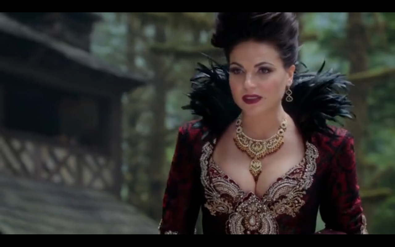 Busty Queen Once Upon A Time Regina Cleavage 1532082 Hd