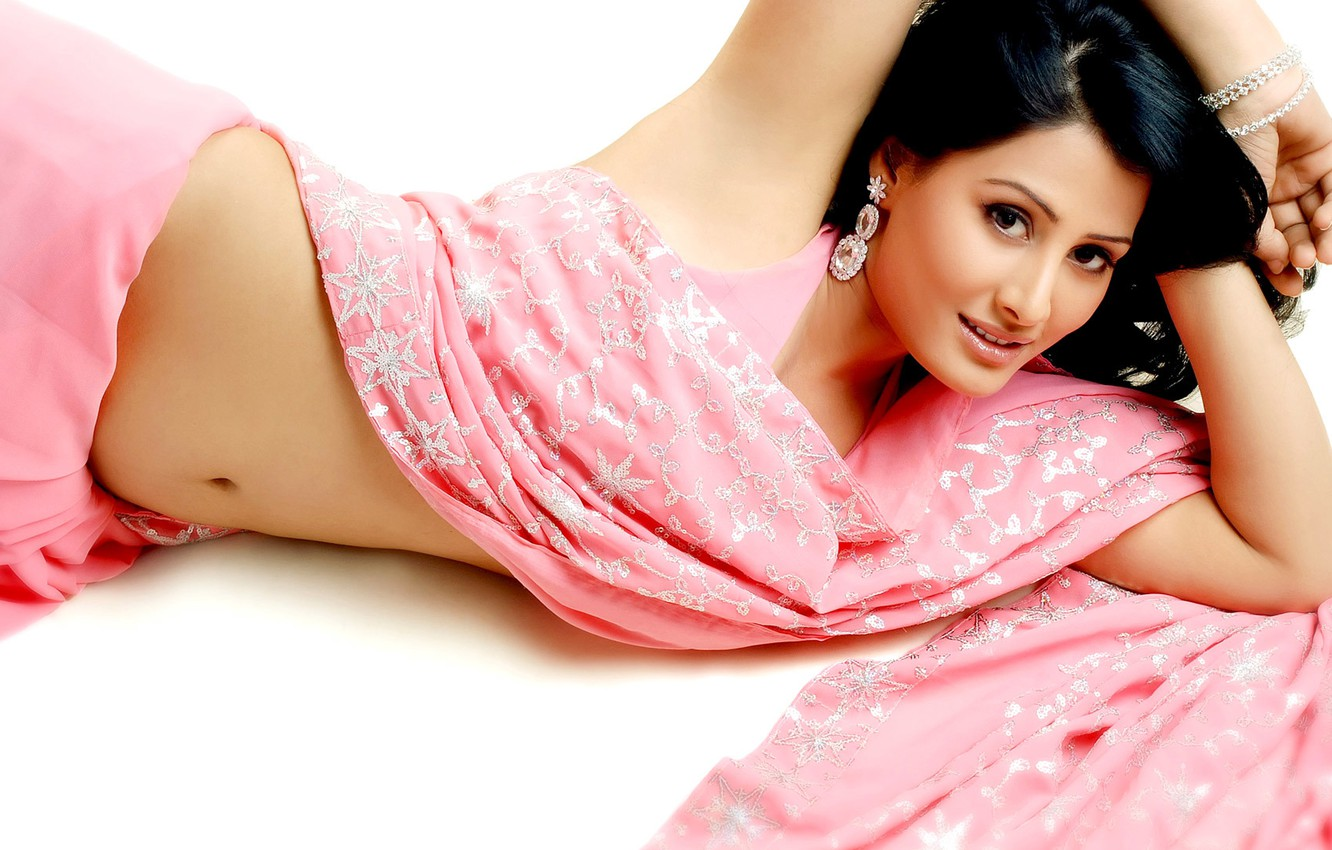 Photo Wallpaper Hot, Sexy, Eyes, Pink, Beauty, Cute, - Girl Look Hot In Saree , HD Wallpaper & Backgrounds