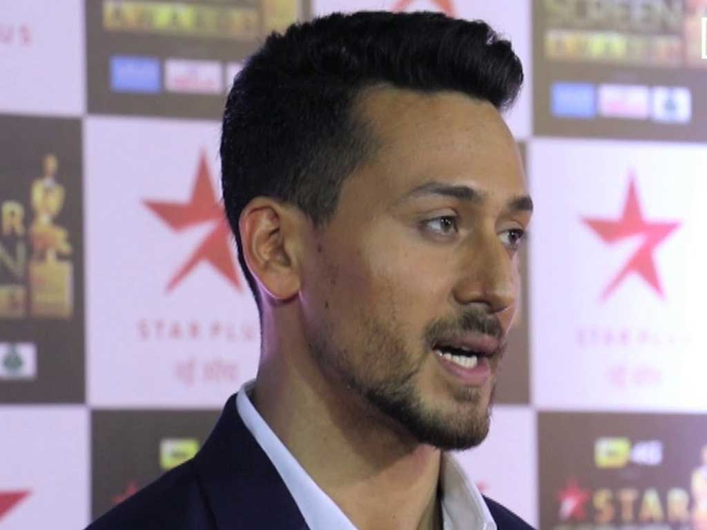 Tiger Shroff Photo Wallpaper Celebrity Biography Images - Hair Style Of Tiger Shroff , HD Wallpaper & Backgrounds