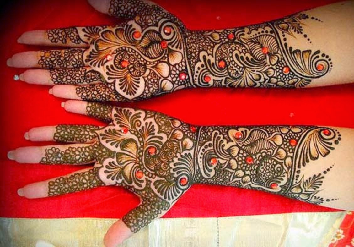 Bridal Mehendi Hd Wallpaper - Gujarati Mehndi Design Bridal , HD Wallpaper & Backgrounds