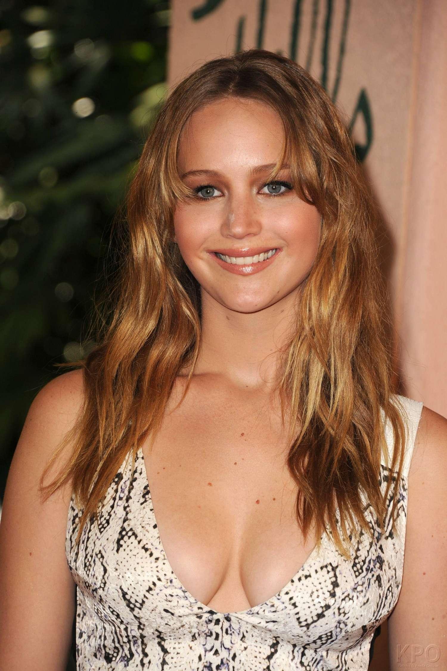 Back To Post Jennifer Lawrence At 2012 Hfpa Installation - Jennifer Lawrence Seksi Hot , HD Wallpaper & Backgrounds