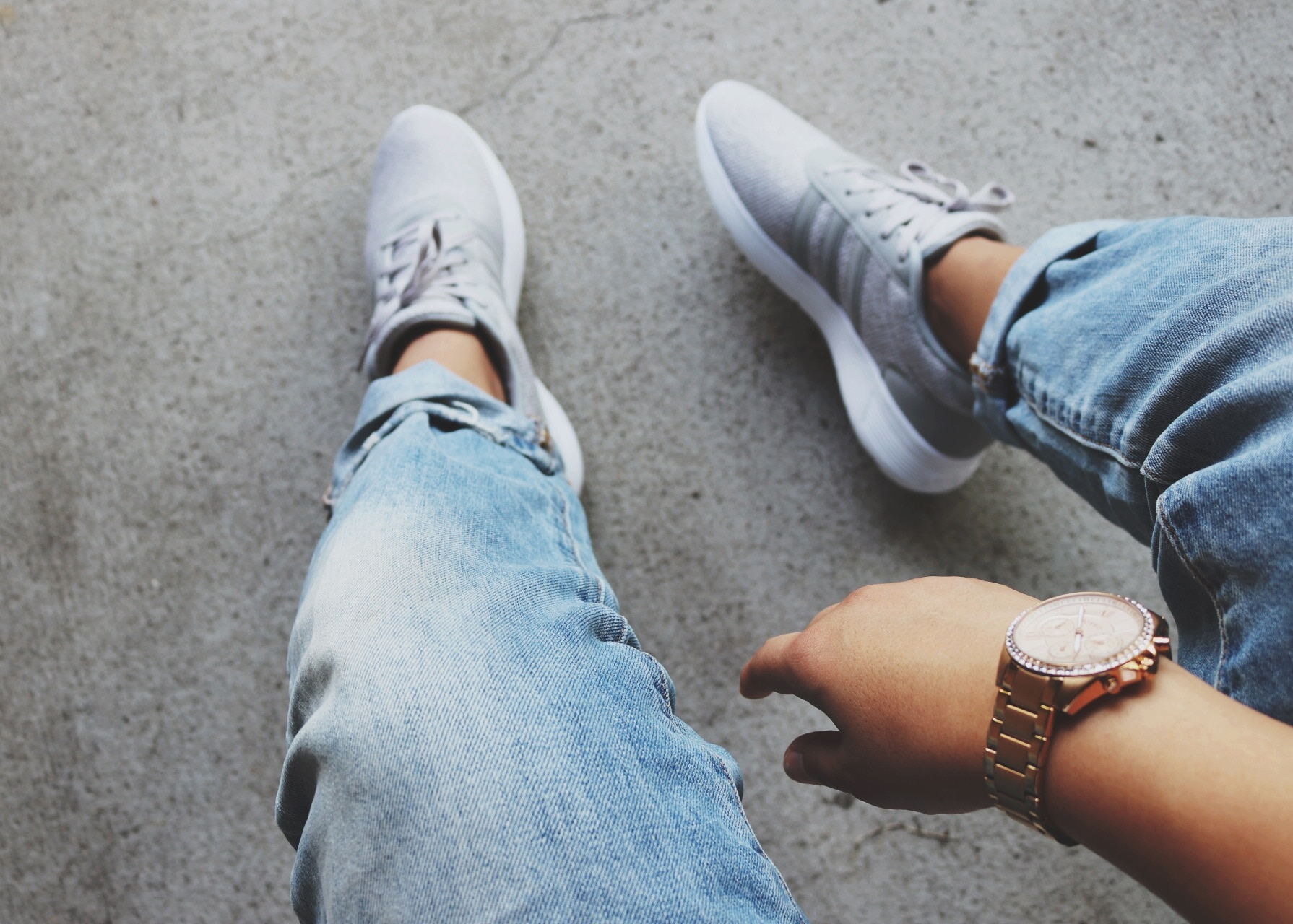 Crop - Grey Rubber Shoes Outfit