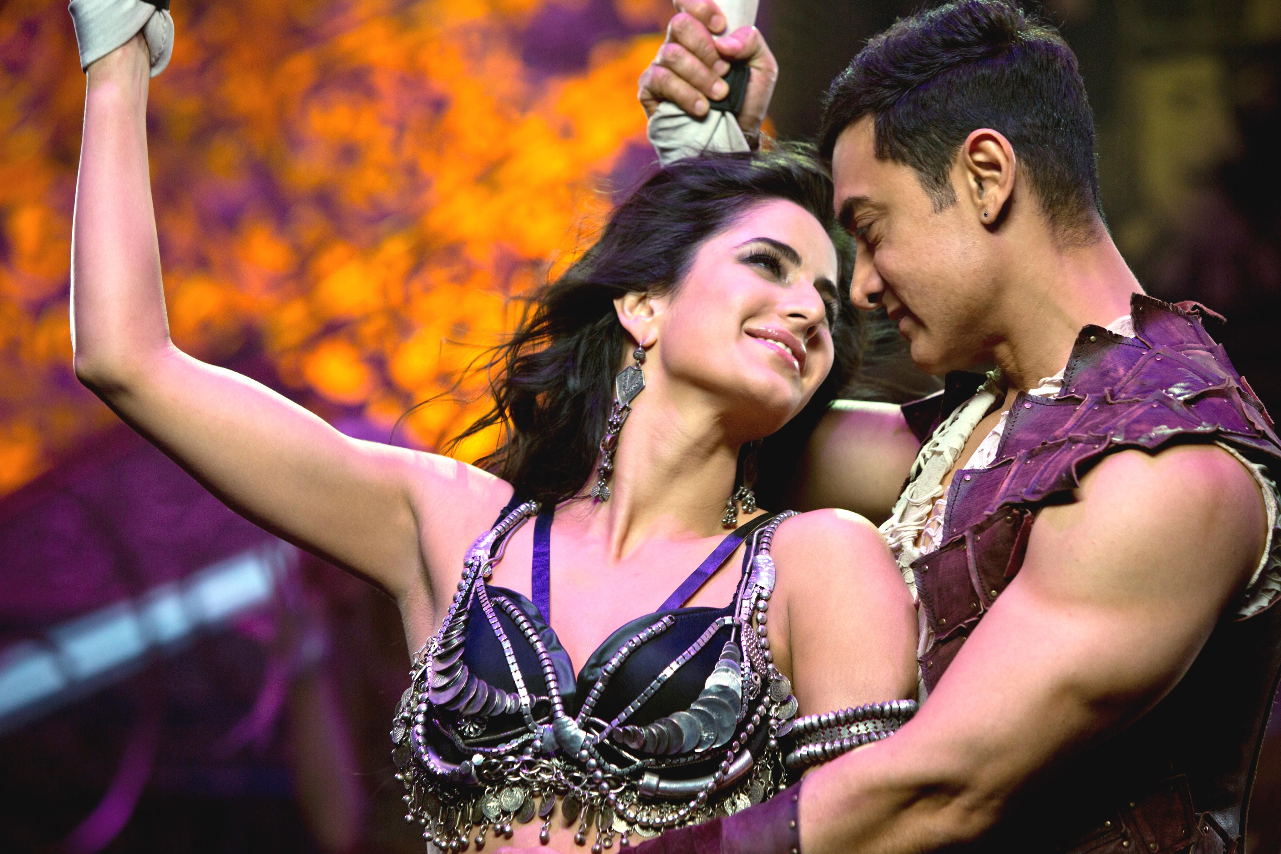 Dhoom 3 video songs download mp4 in tamil.