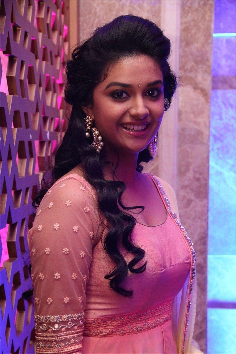 Keerthi Suresh In Remo First Look Launch , HD Wallpaper & Backgrounds