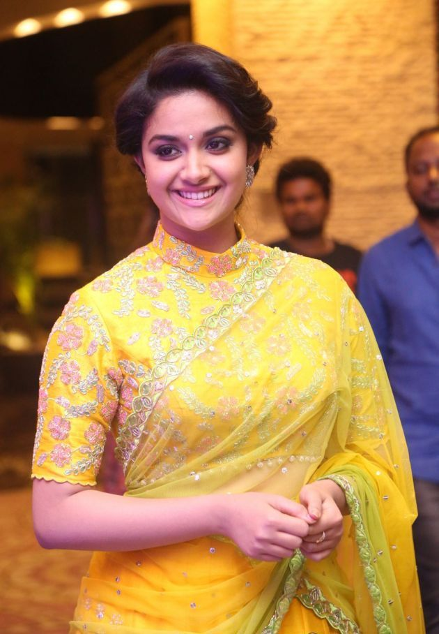 Tamil Heroine Keerthi Suresh At Remo Audio Launch Picture, - Keerti Suresh In Remo , HD Wallpaper & Backgrounds