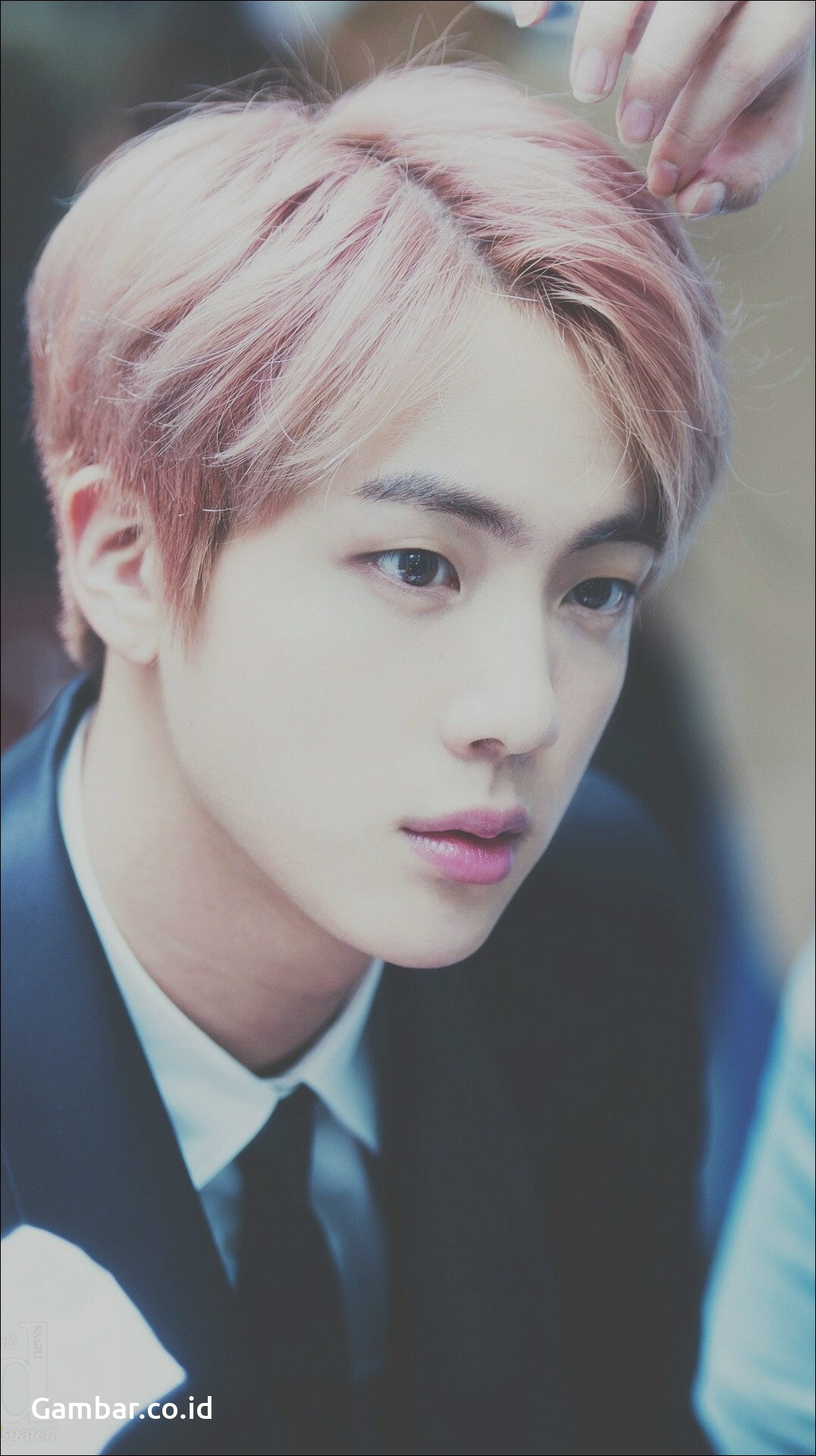Download Image Kim Seokjin Pink Princess HD
