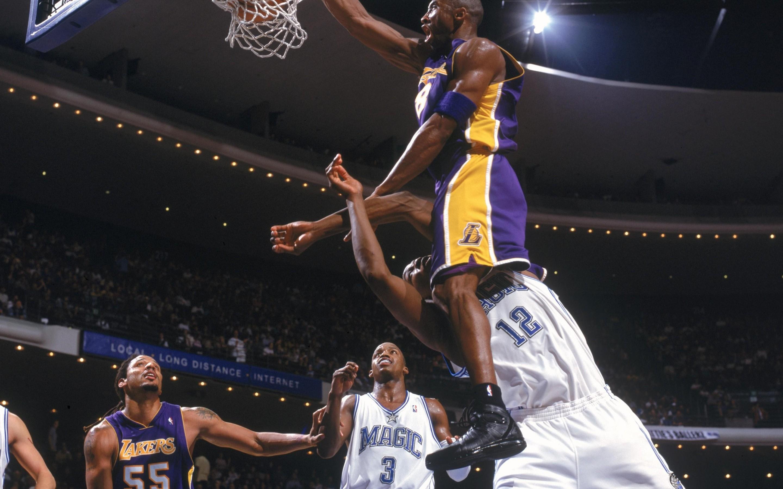 Nba Basketball Kobe Bryant Los Angeles Lakers Dwight Kobe Dunk