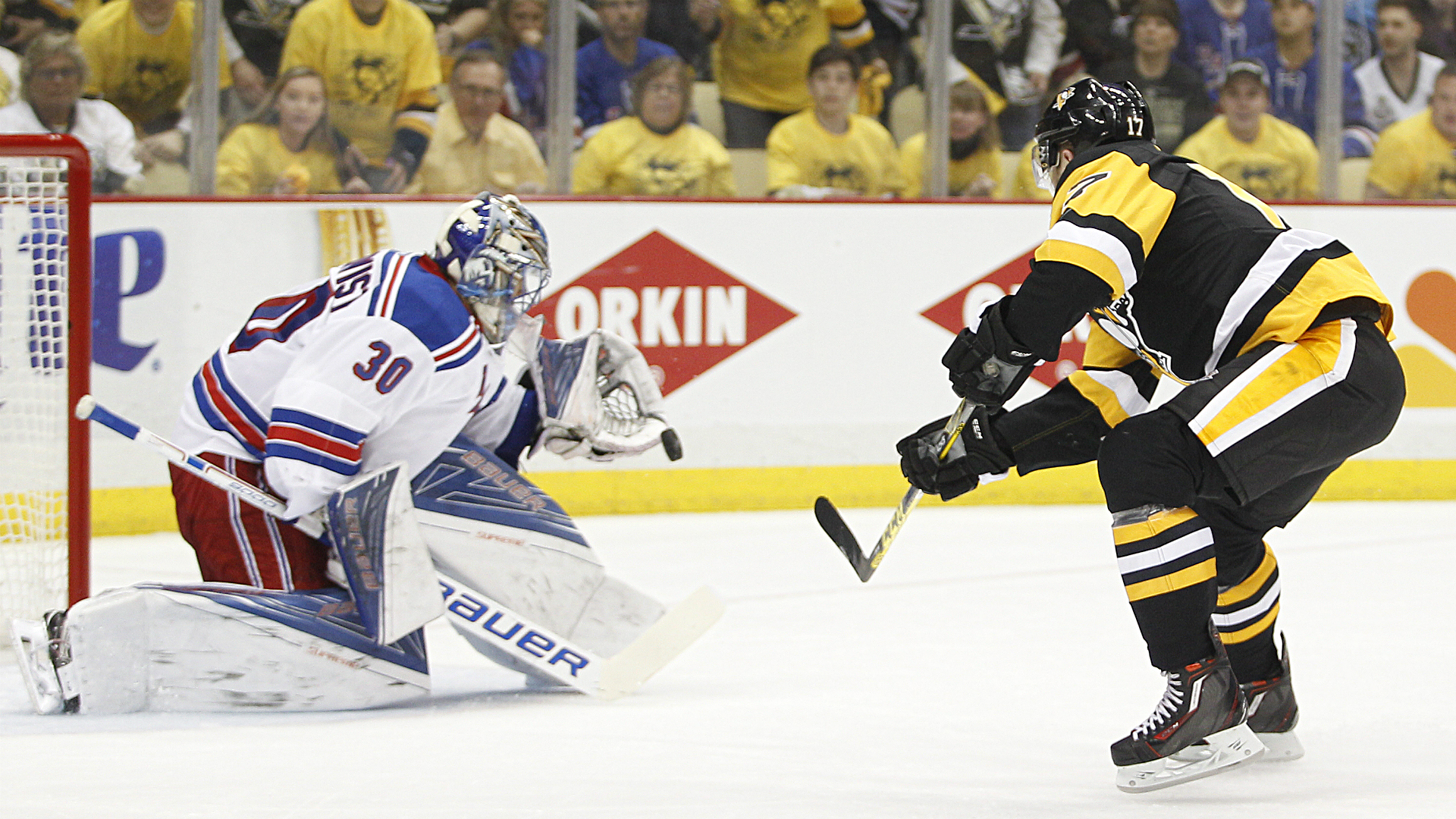 Penguins Get A Reminder Yep, Henrik Lundqvist Is Still - College Ice Hockey , HD Wallpaper & Backgrounds