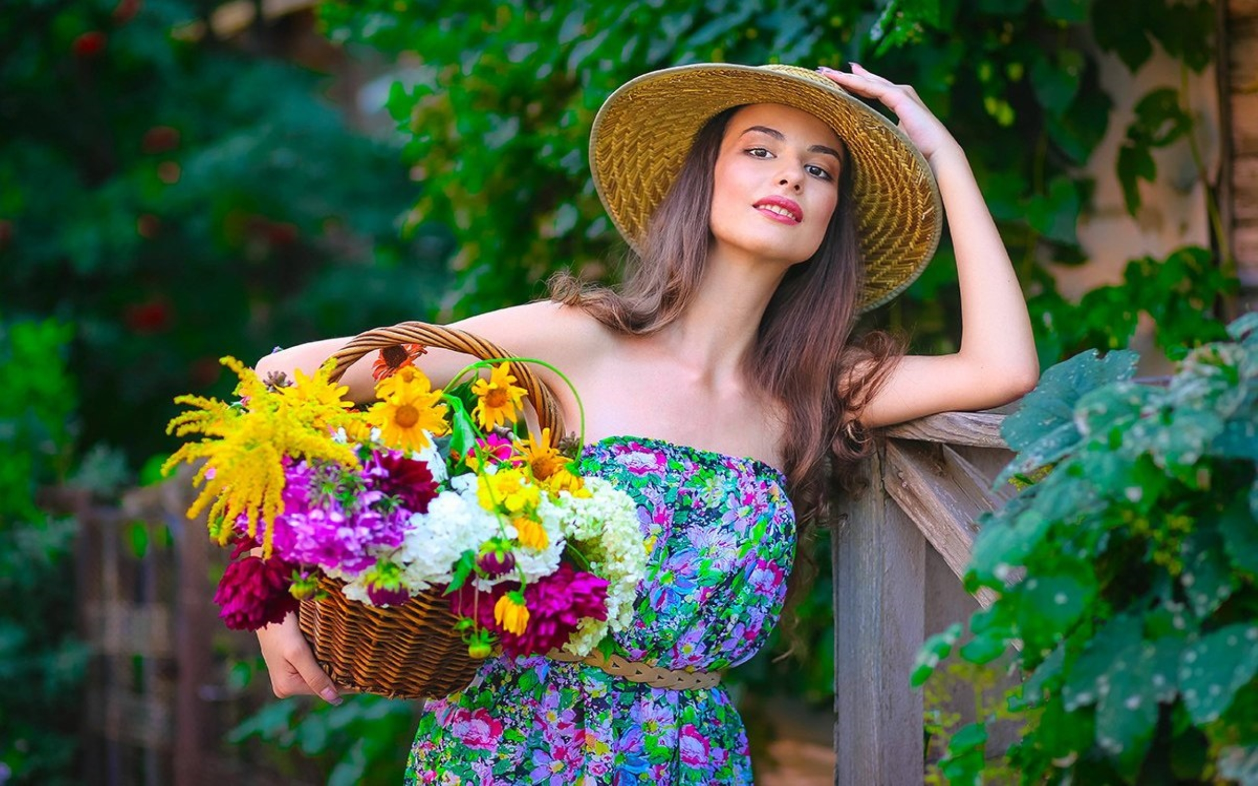 Beautiful Girls With Flowers , HD Wallpaper & Backgrounds