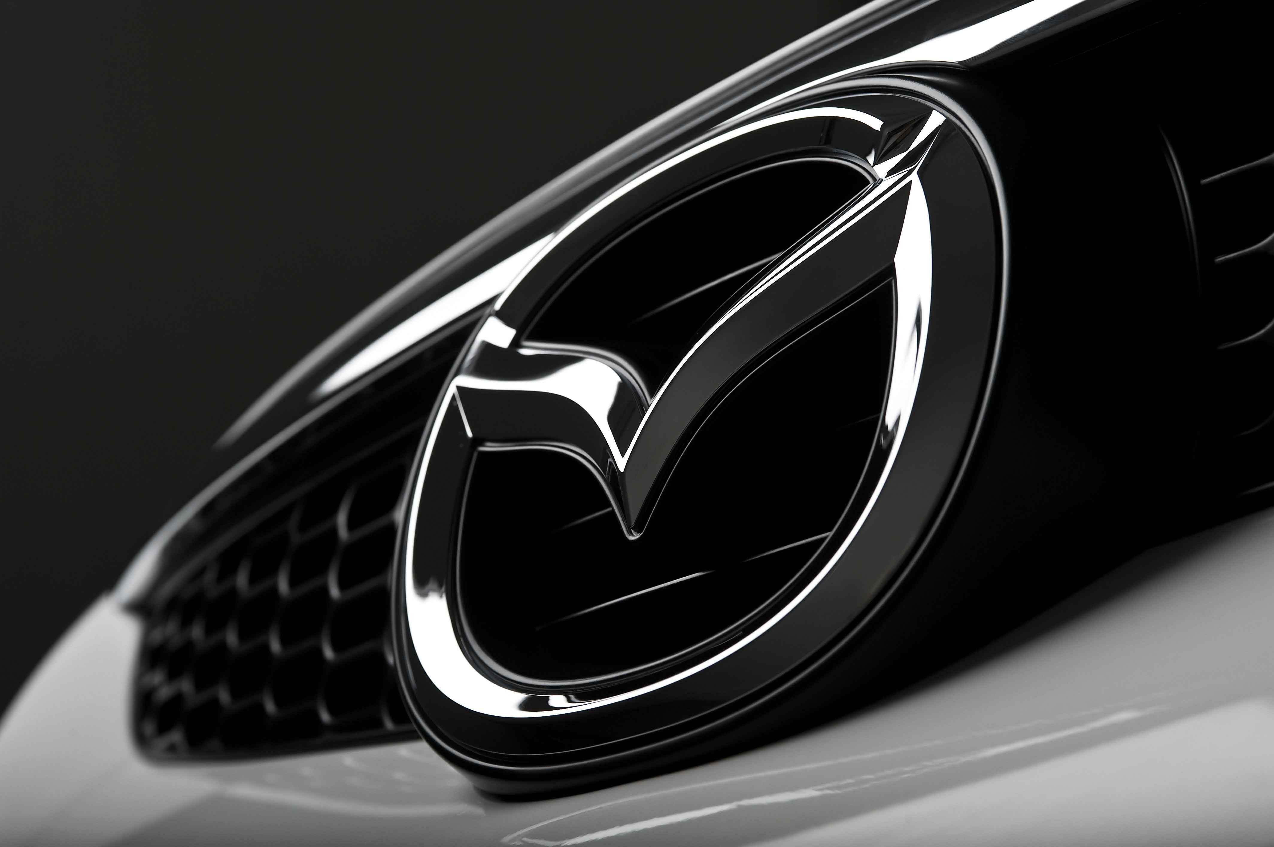 Mazda, Logo, Wide, Hd, Wallpaper, Download, Wide, Beauty, - Mazda Logo On Car , HD Wallpaper & Backgrounds
