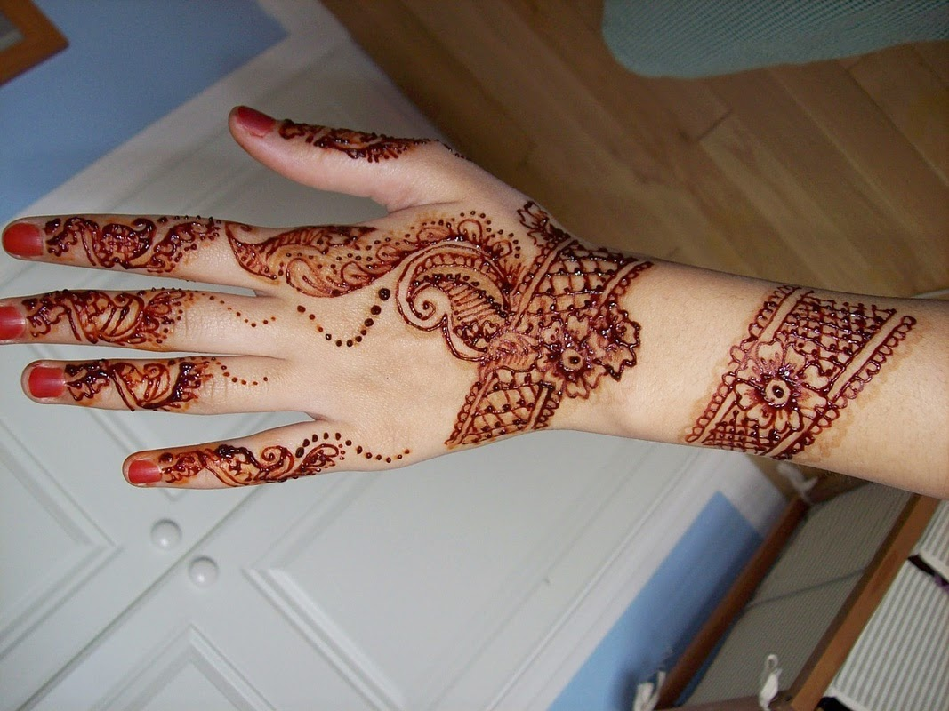 Beautiful Mehndi Design Wallpapers Free Download Hd - Mehndi Designs For Hands , HD Wallpaper & Backgrounds
