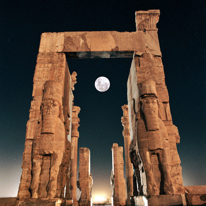 Gateway To All Nations And The Entrance Into The Ancient Persepolis 1724143 Hd Wallpaper Backgrounds Download