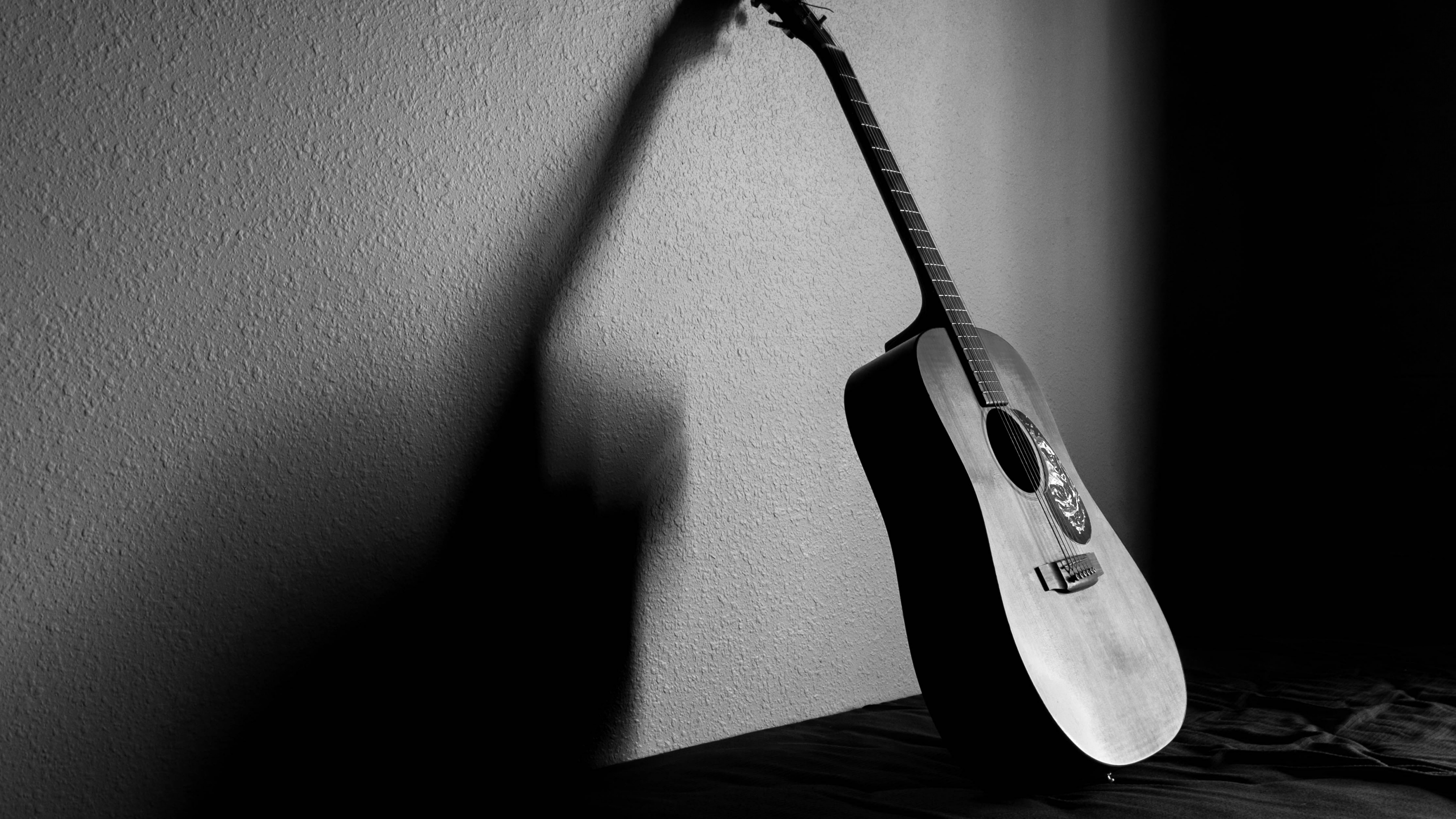 Microphone Black And White String Guitar Still Acoustic Guitar Guitar Black And White Hd 1726523 Hd Wallpaper Backgrounds Download
