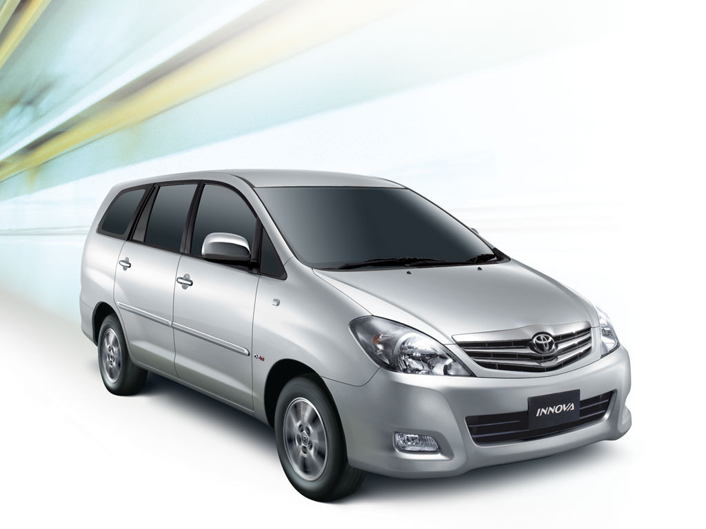 Facelifted Toyota Innova Launched In India- Prices, - Toyota Innova New Model , HD Wallpaper & Backgrounds