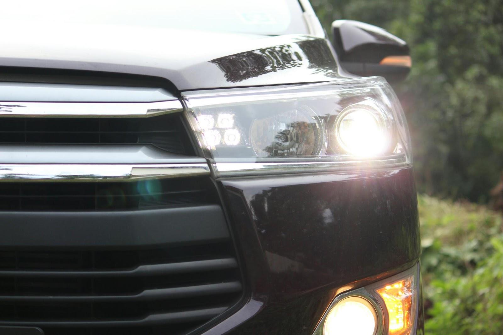 Great Eye Of Luxury - Sport Utility Vehicle , HD Wallpaper & Backgrounds