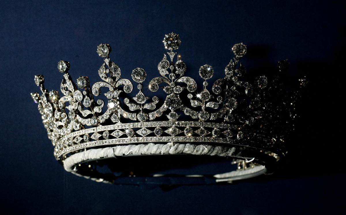The Crown Wallpaper Crown Hd 1780670 Hd Wallpaper Backgrounds Download