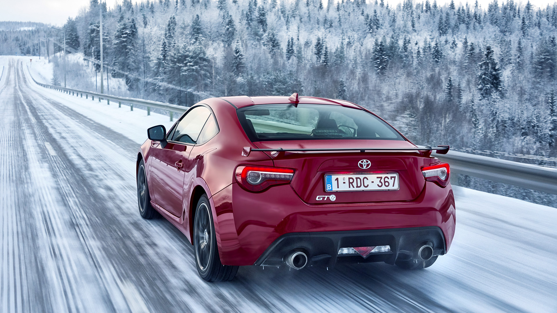 2017 Toyota Gt 86 Picture - Toyota Gt 86 , HD Wallpaper & Backgrounds