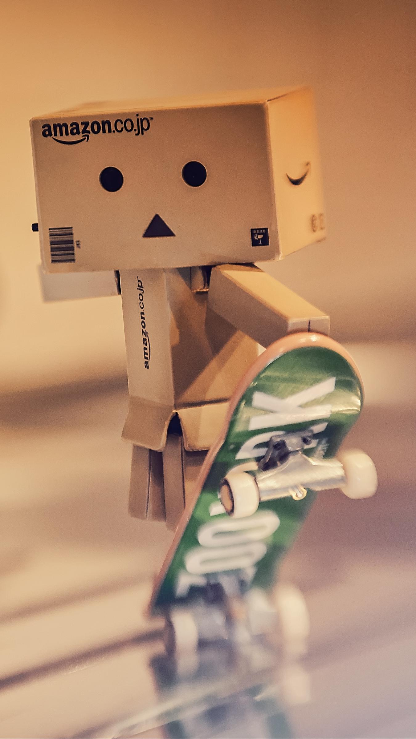 Wallpaper Danbo Cardboard Robot Skateboard Blur Danbo