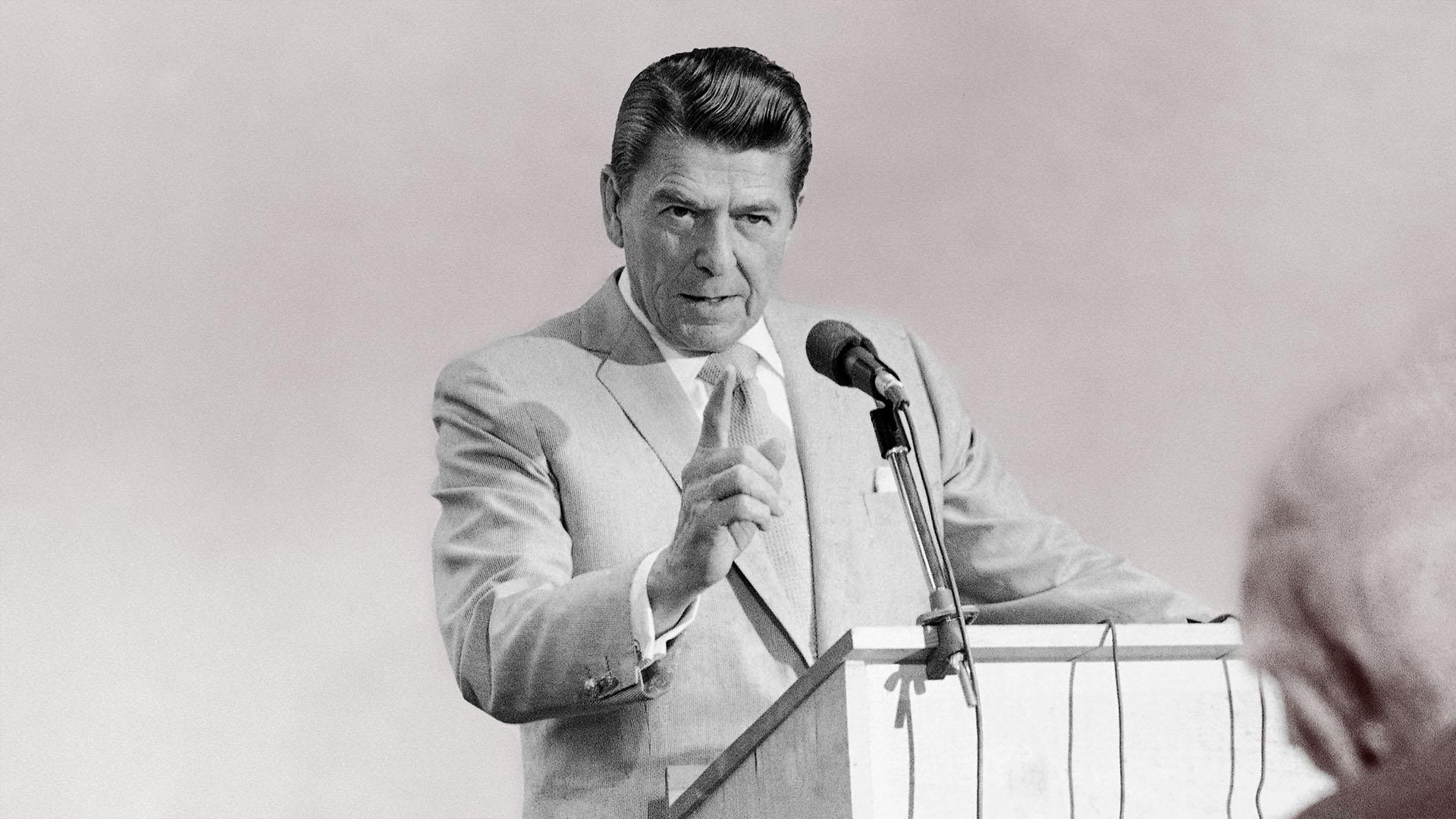 Ronald Reagan 1834918 Hd Wallpaper Backgrounds Download